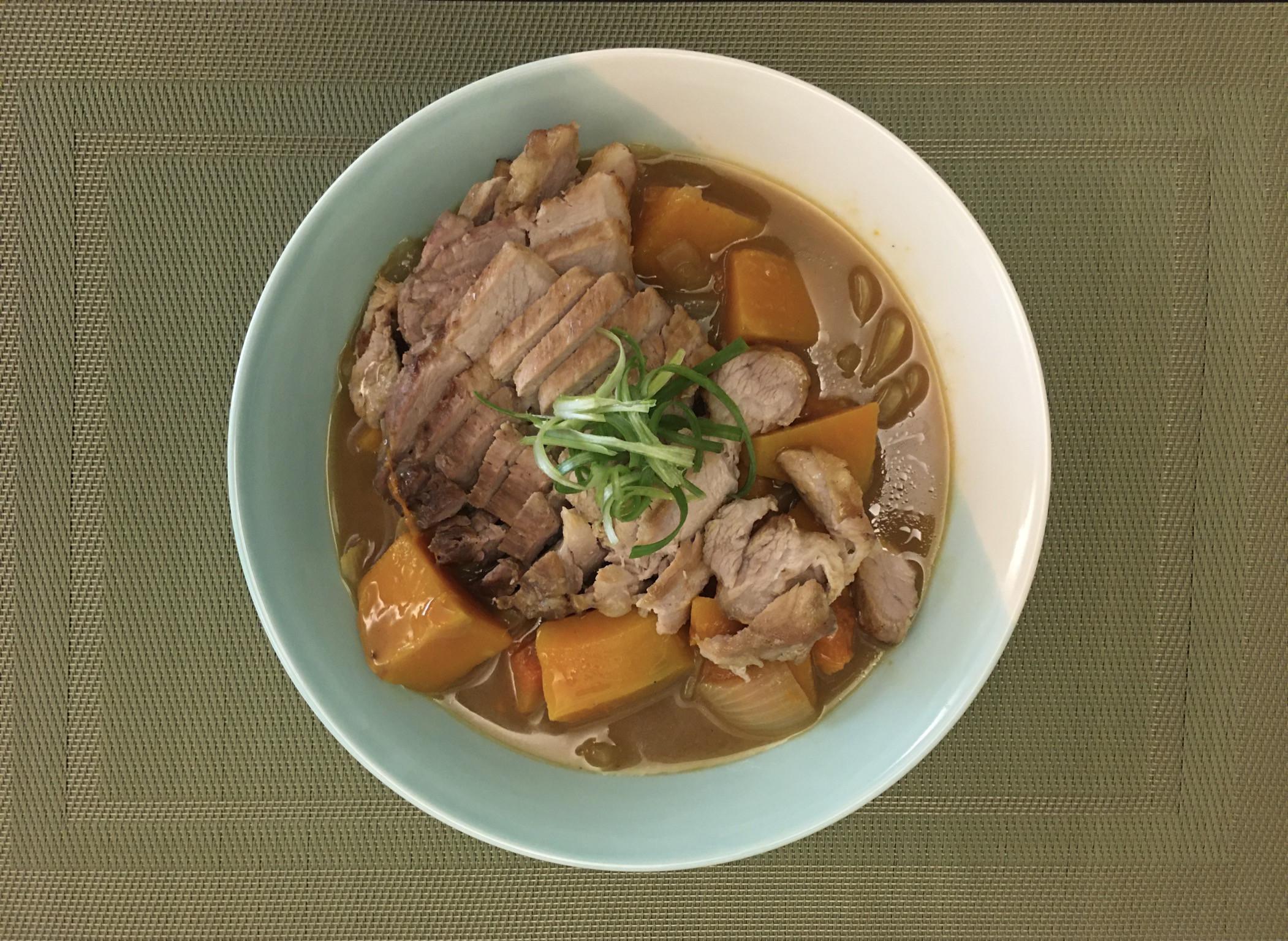 南瓜咖哩烤豬肉