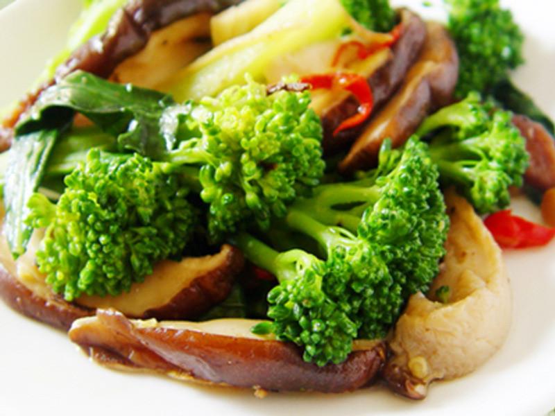 【厚生廚房】青花筍炒鮮菇