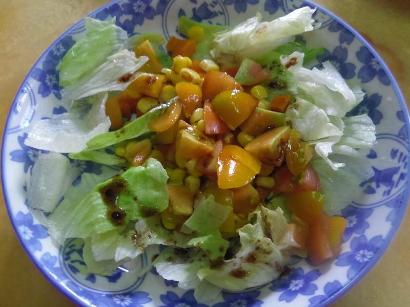 【黃金玄米油Home炸料理】玄米油佐生菜番茄