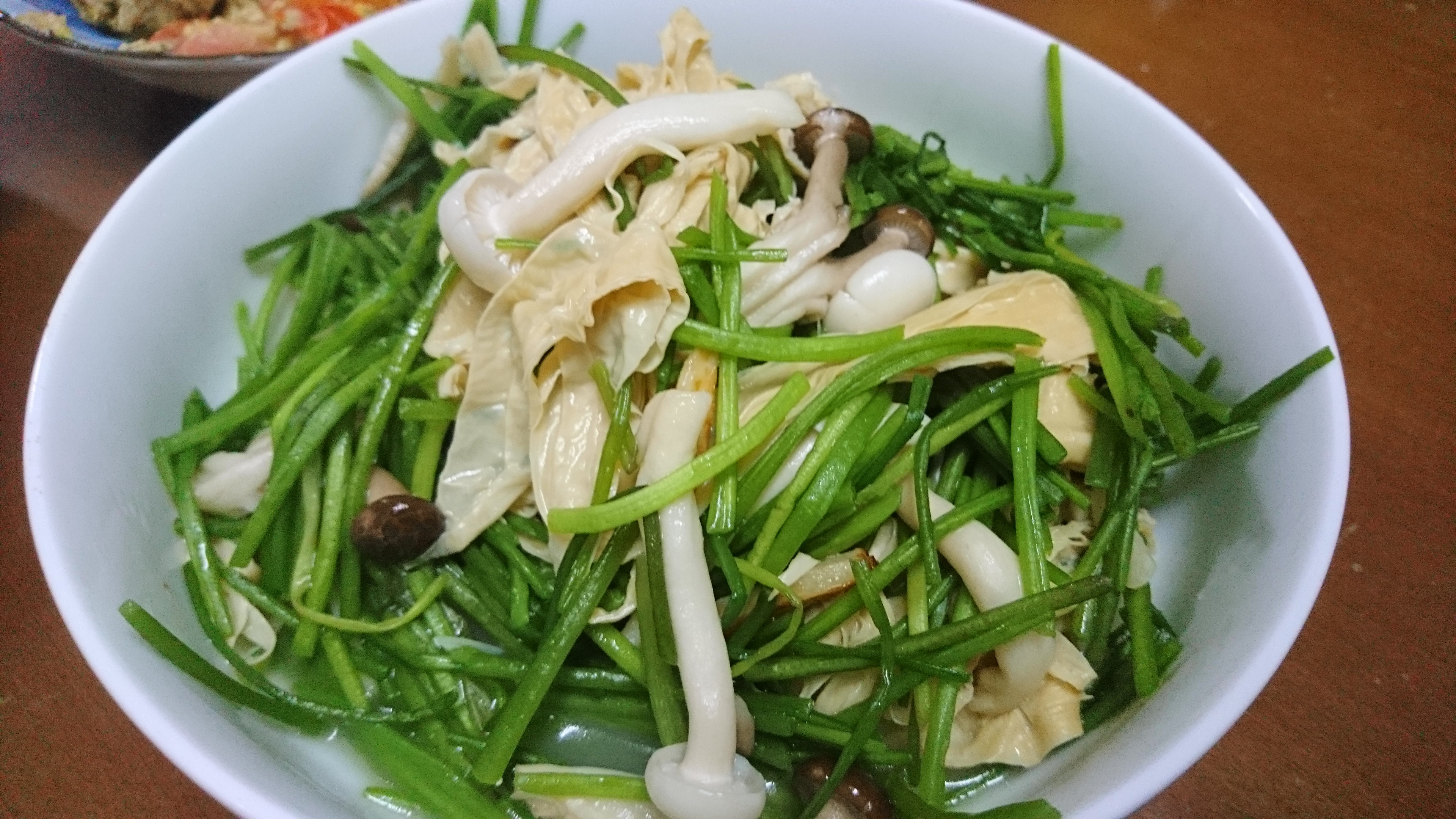 【家常菜】雙菇水蓮炒豆皮