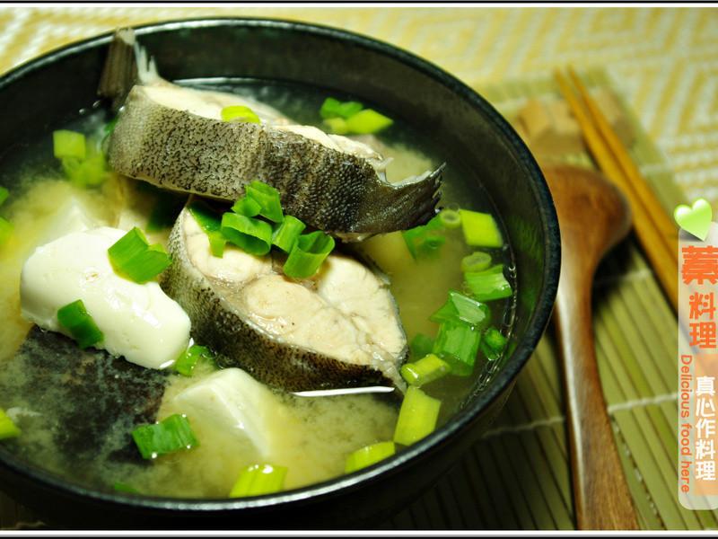 味噌海鱺豆腐湯