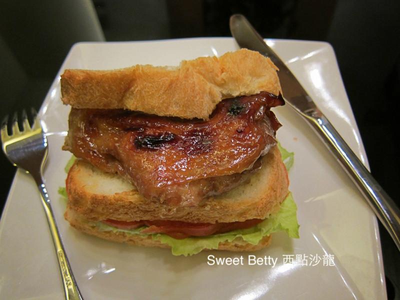 大滿足的烤雞腿三明治by Sweet Betty西點沙龍