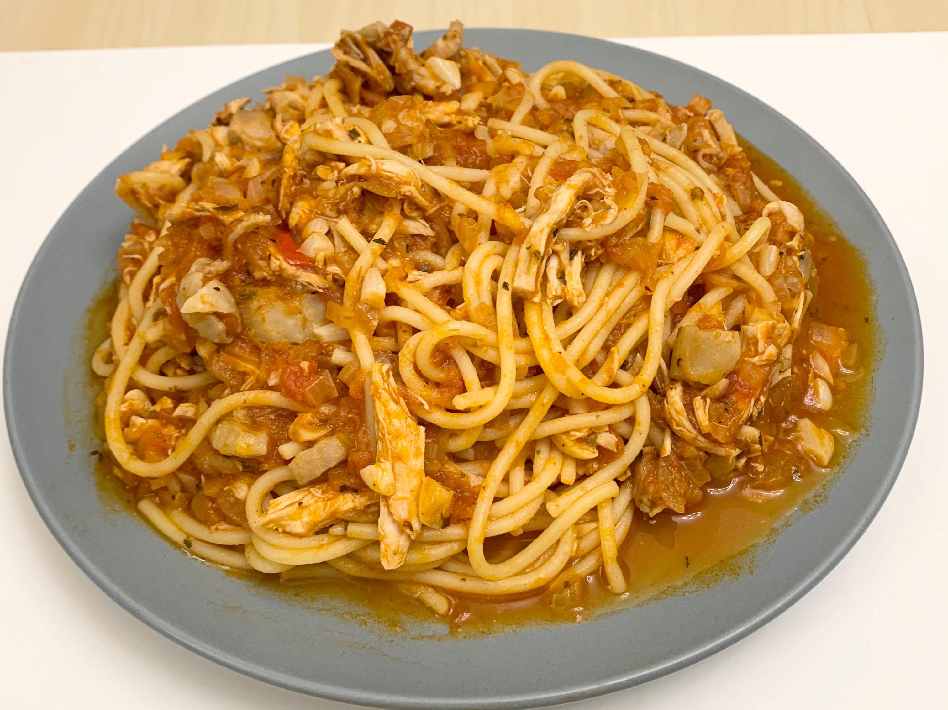 蕃茄辣味雞肉義大利麵
