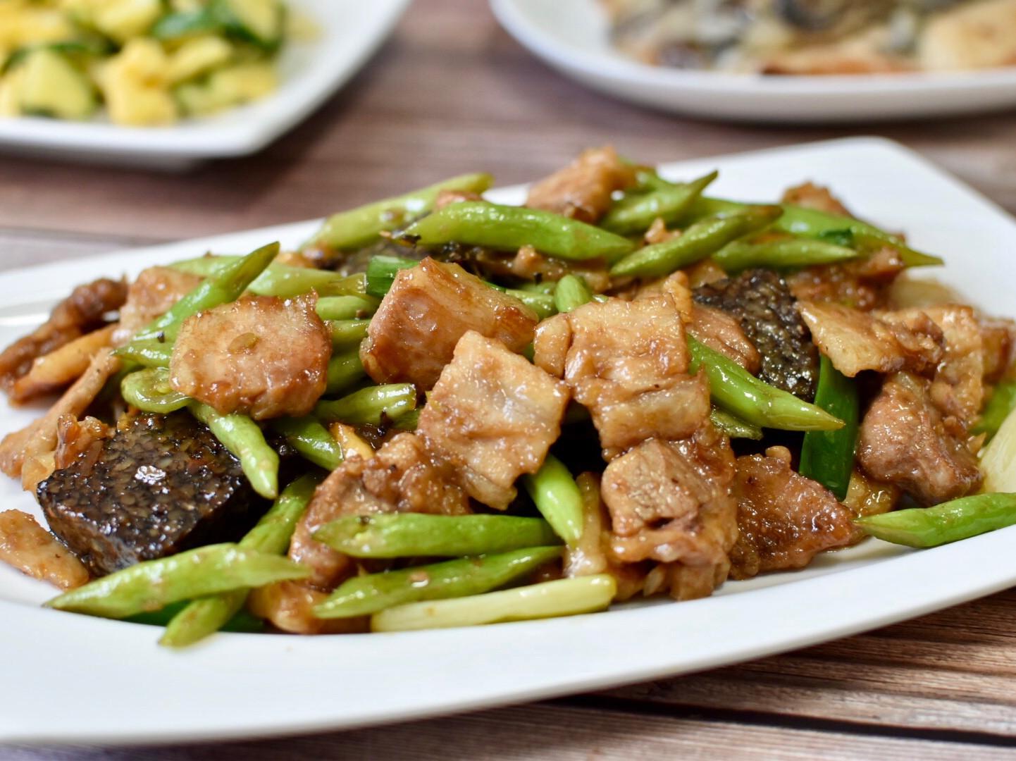 很下飯的醬香五花肉炒四季豆