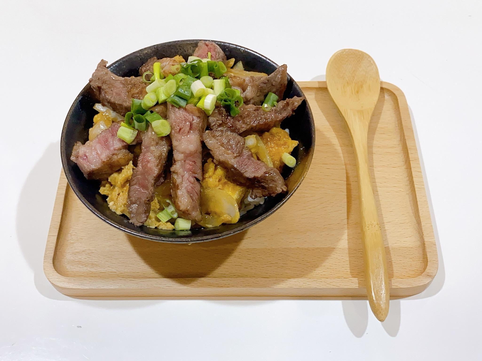 [日式料理]牛排丼飯