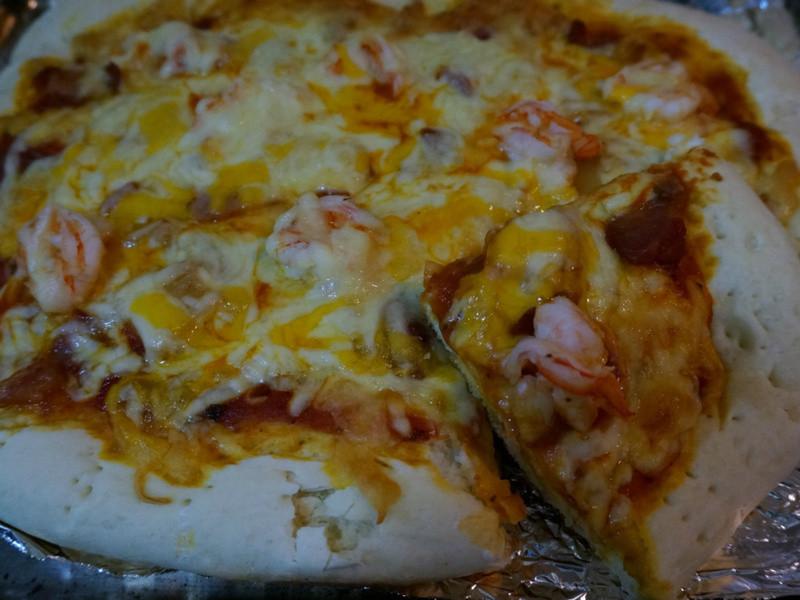 朱媽媽手工食譜-Gaga夏威夷鮮蝦Pizza.(熱烘烘香烤Pizza)