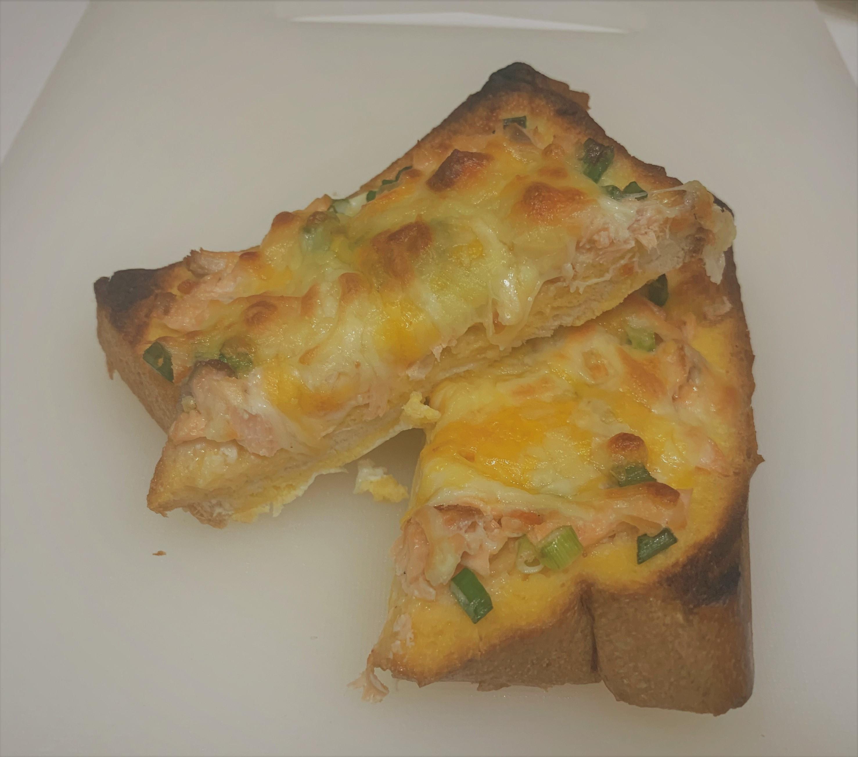 早餐焗烤鮭魚吐司