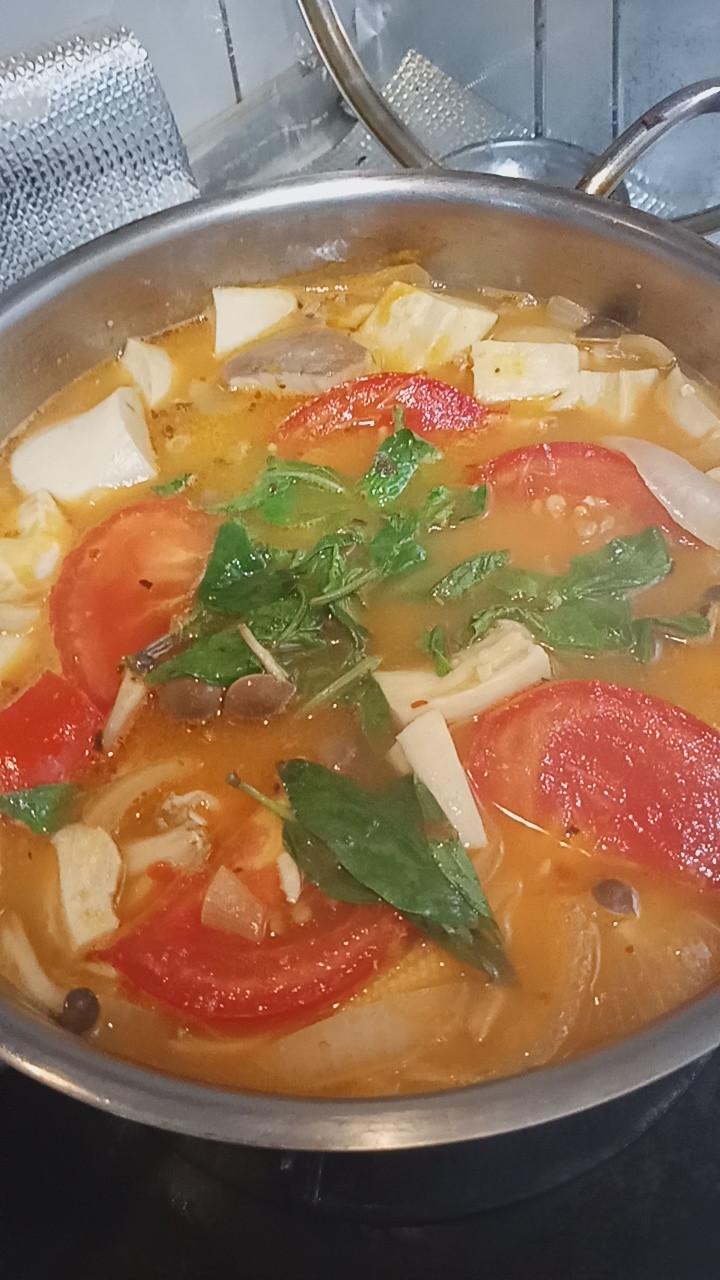 拉薩魚片豆腐鮮蔬湯