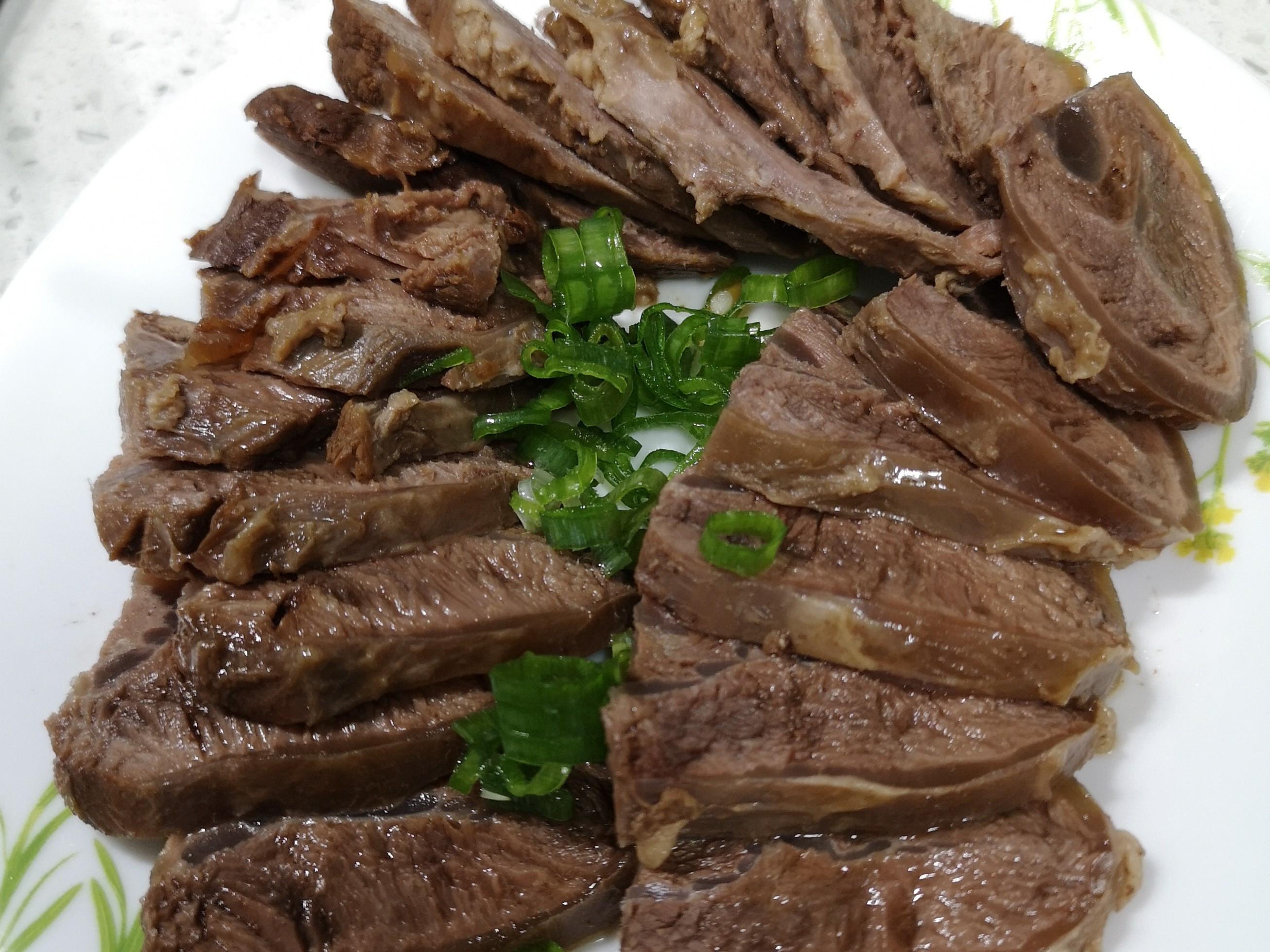 簡單滷牛肉