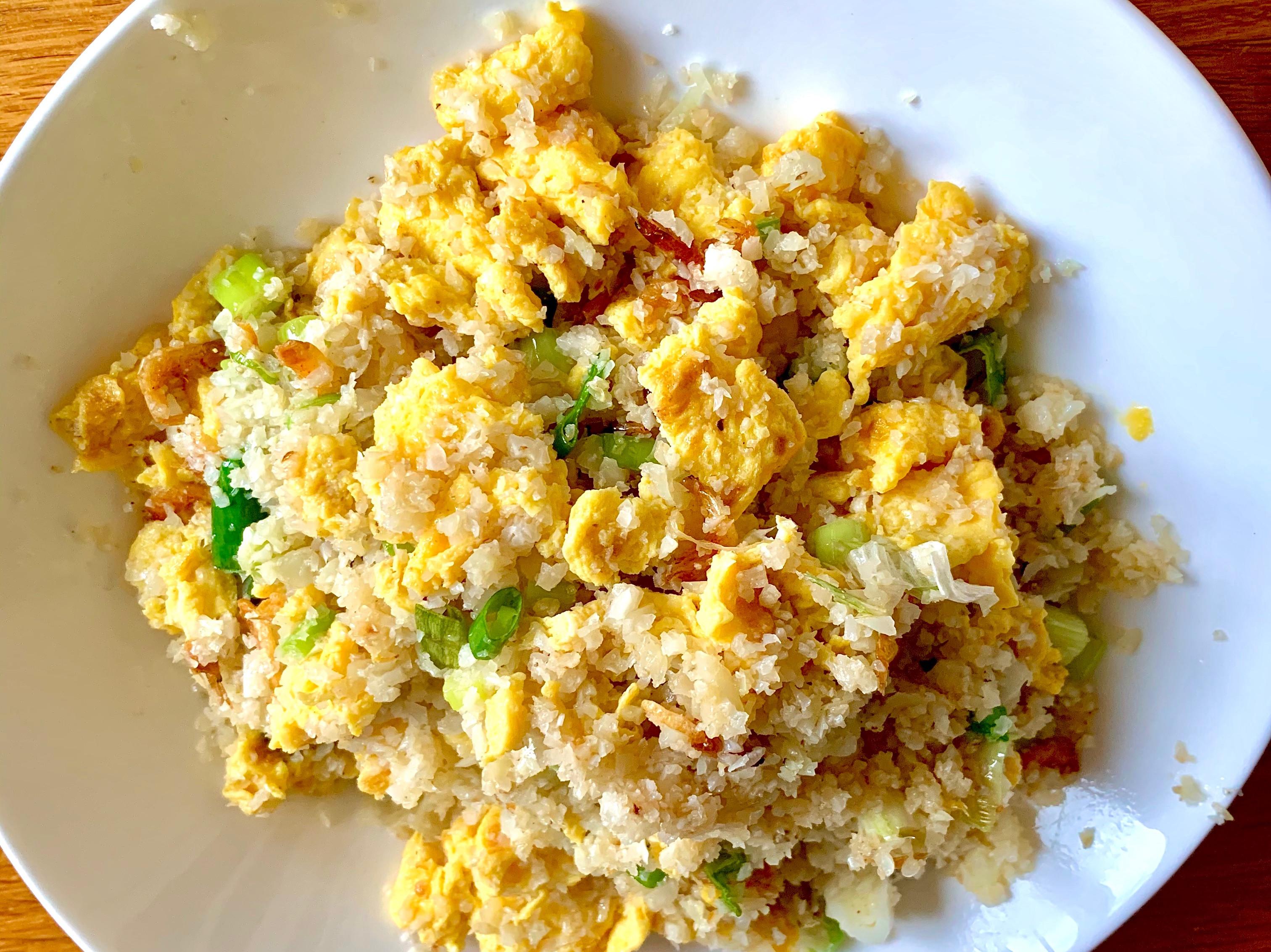 櫻花蝦炒(白花椰)飯