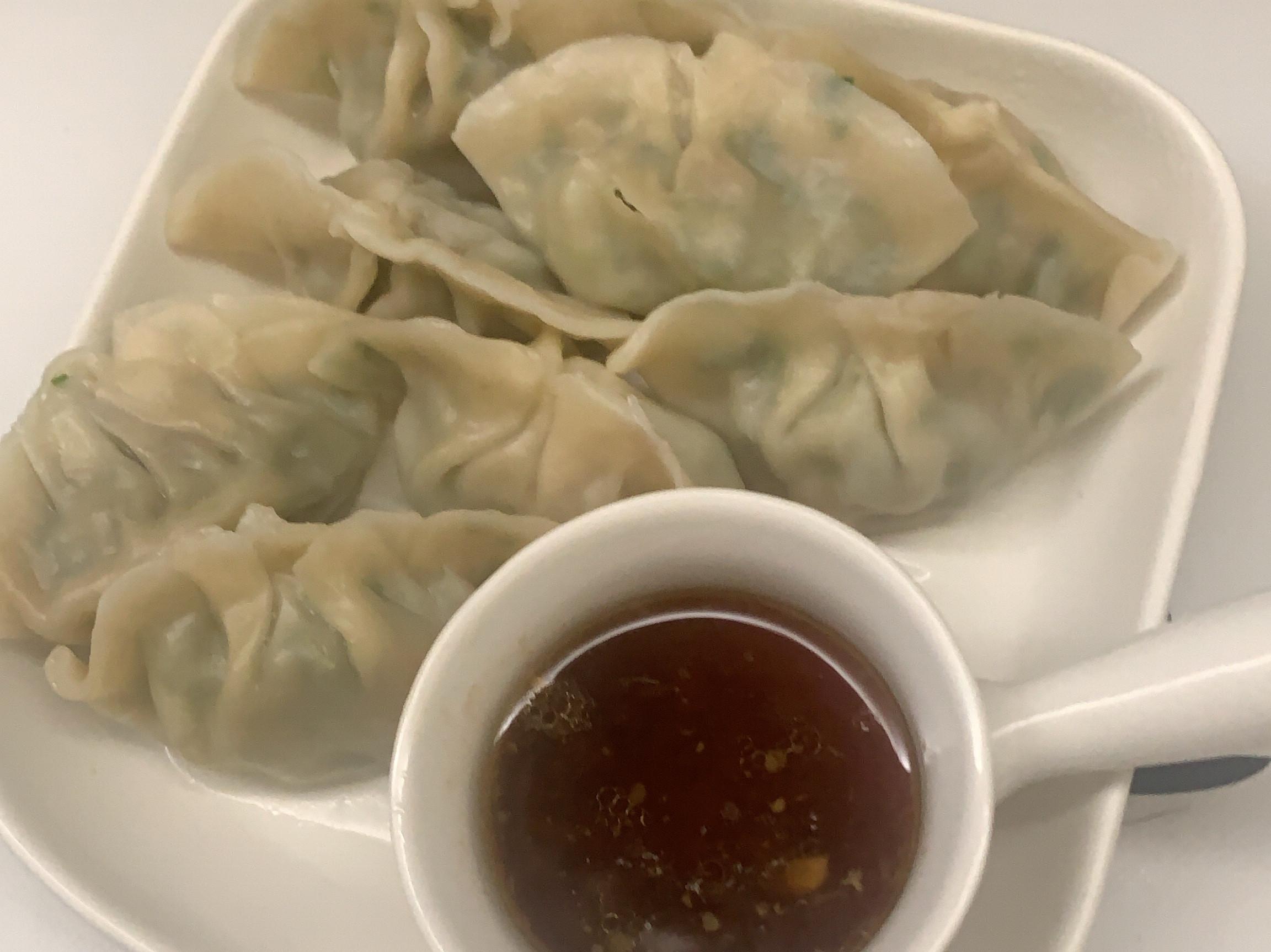 簡單又美味-豬肉韭菜水餃