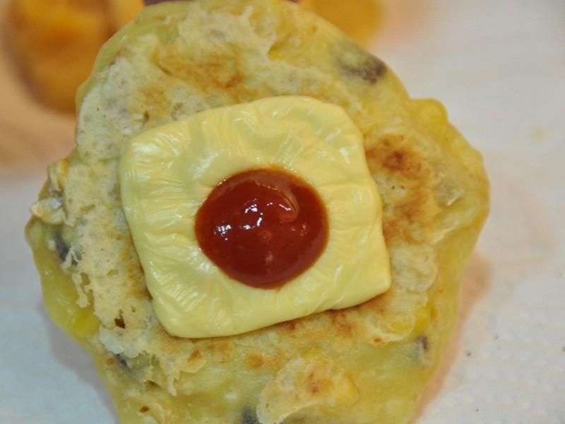 【芝司樂】聖誕一點紅玉米餅