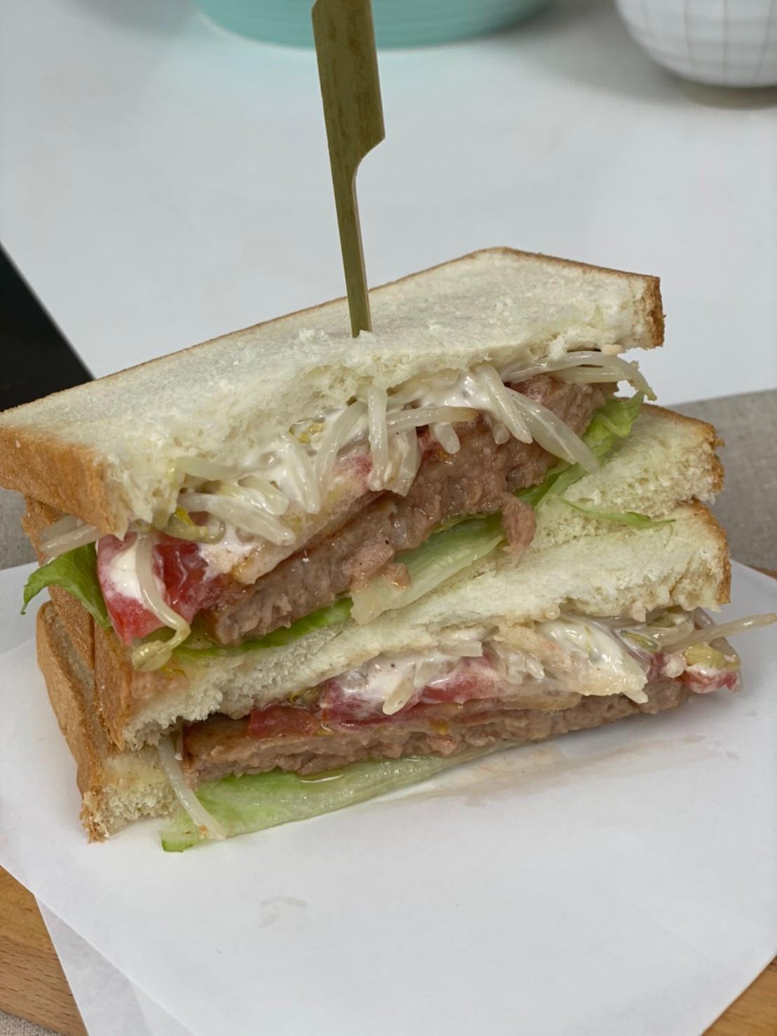 全聯食譜之爸爸回家做晚飯-黑豬肉三明治