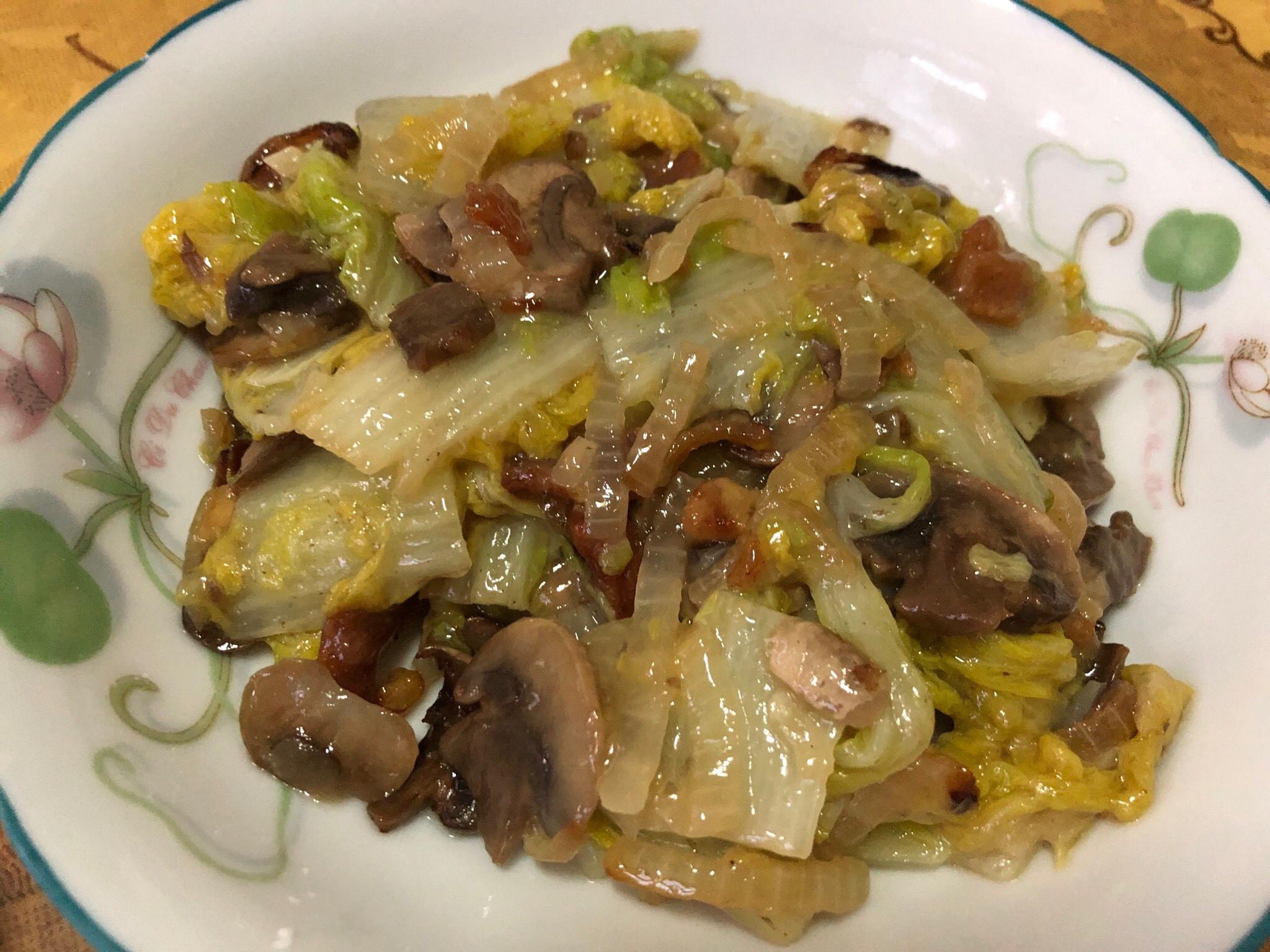 扁魚蘑菇洋蔥炒娃娃菜
