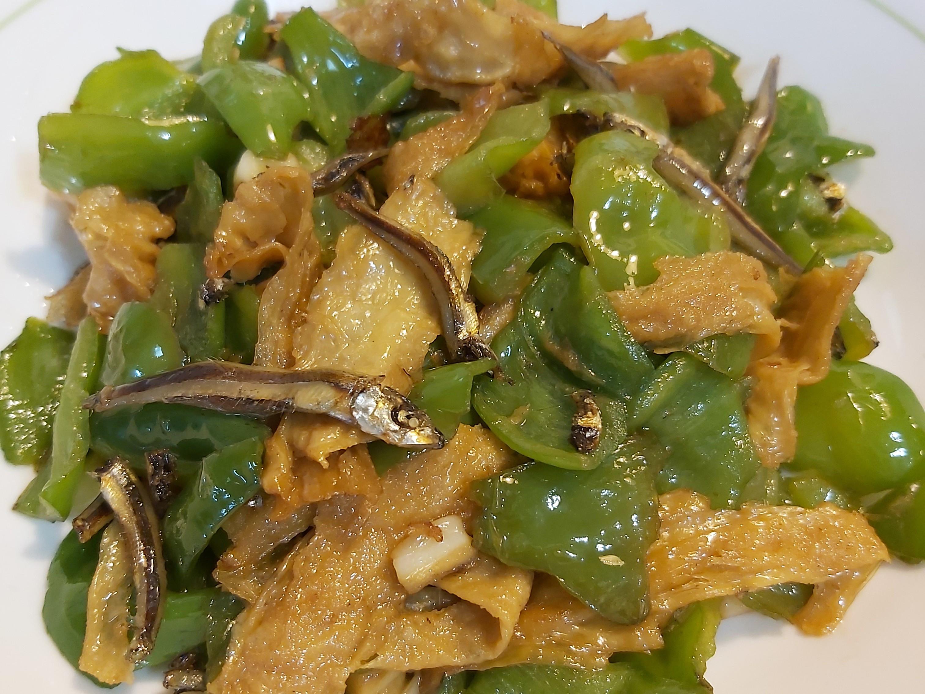 丁香魚豆包炒青椒
