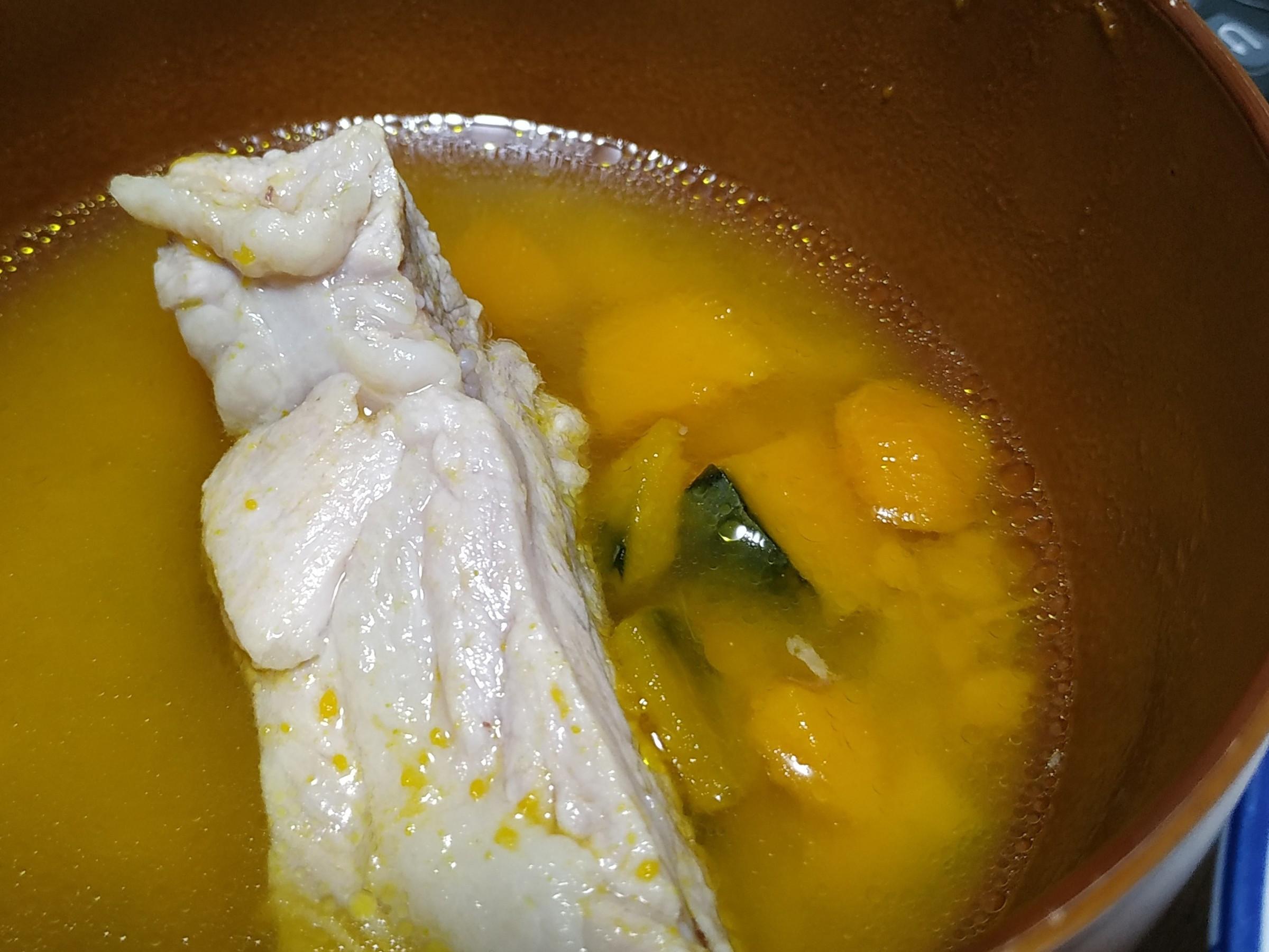 快速消耗南瓜之樸實無華暖心南瓜排骨湯