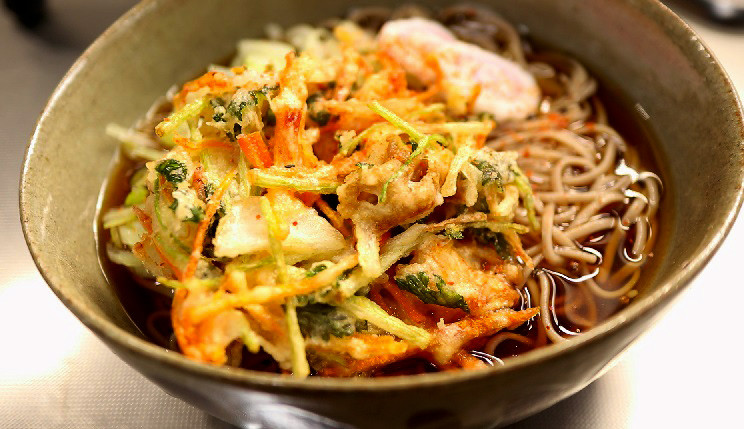 冷了一樣好脆好脆【蔬菜海鮮天婦羅蕎麥麵】