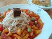中西合璧之創意蕃茄拌麵