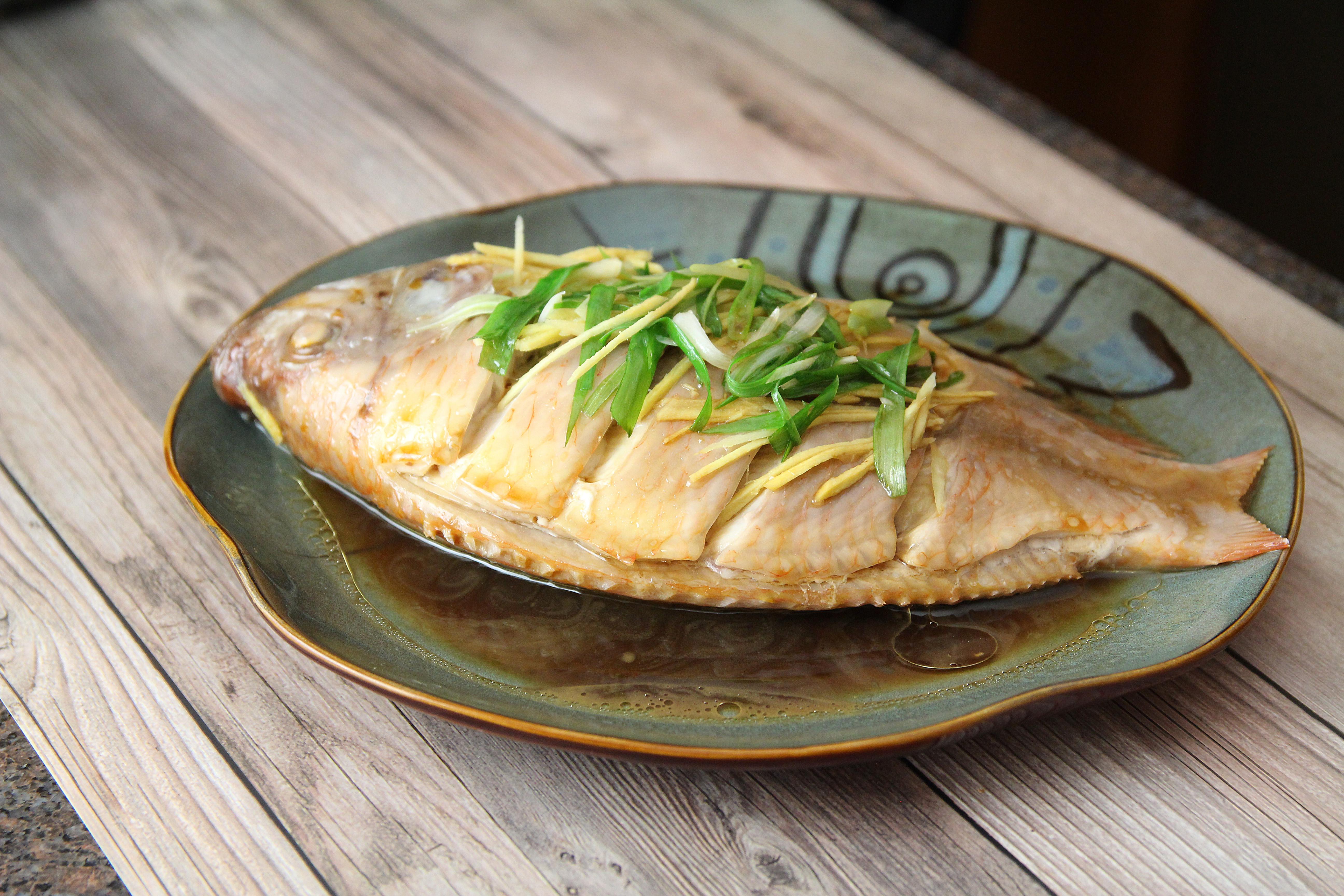 清蒸鱼(红身罗非鱼)