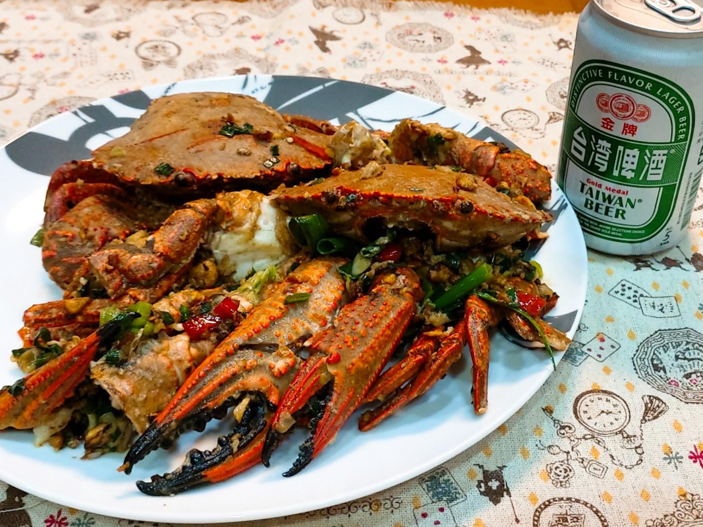 蒜香鹹酥炒石蟹(允指下酒菜)
