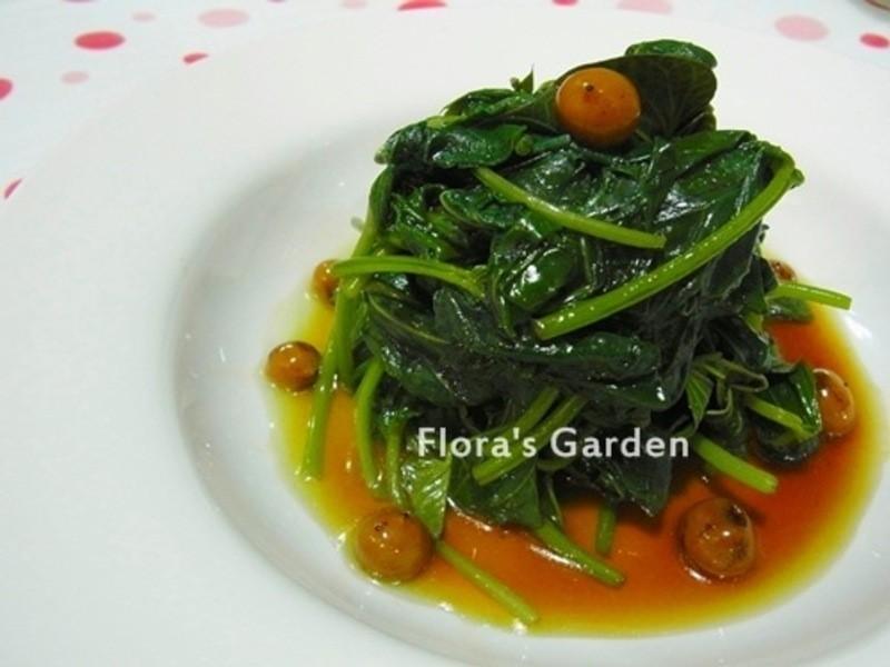 美味青翠的燙地瓜葉