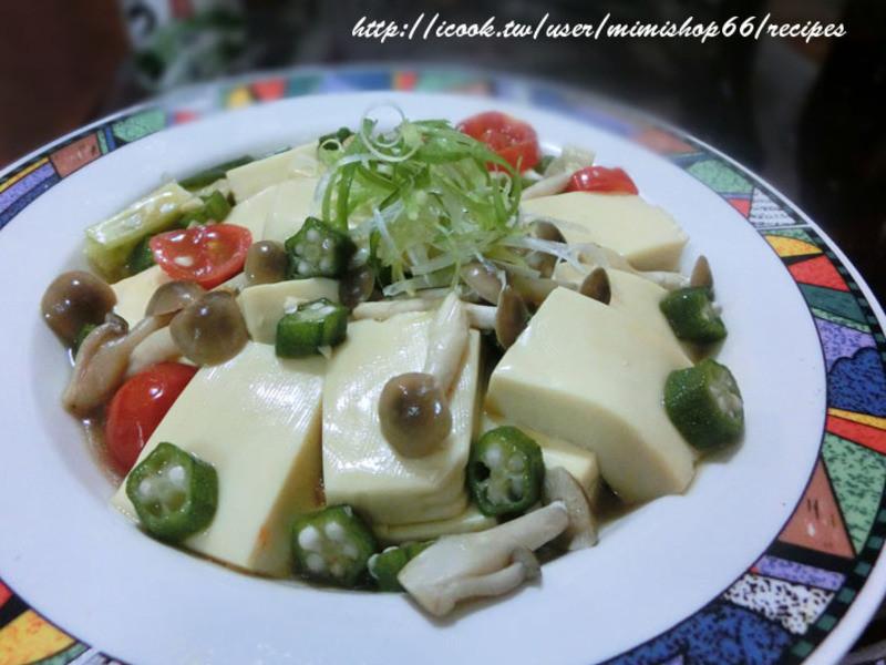 鴻喜菇燴蛋豆腐