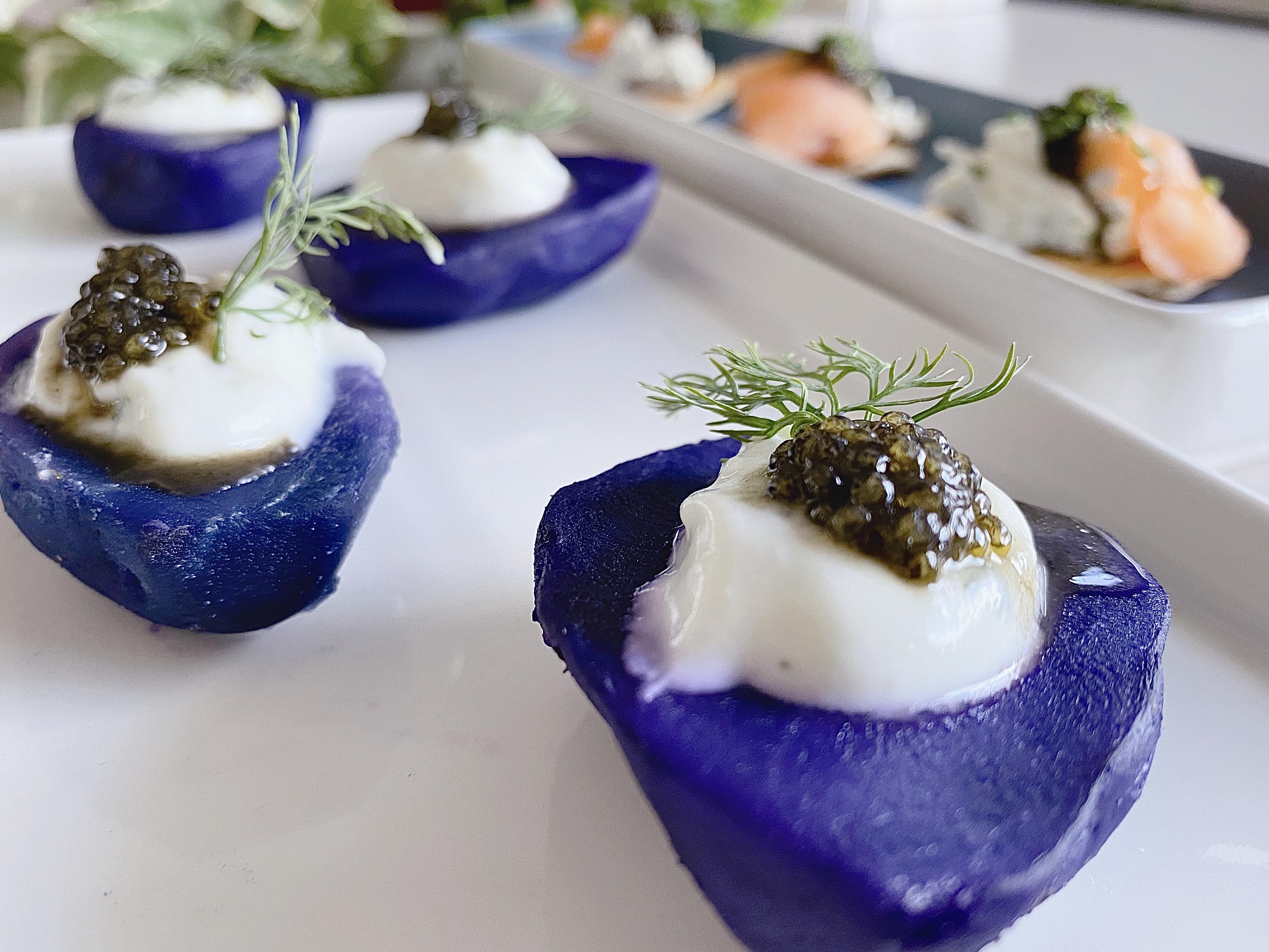 魚子醬佐酸奶紫薯