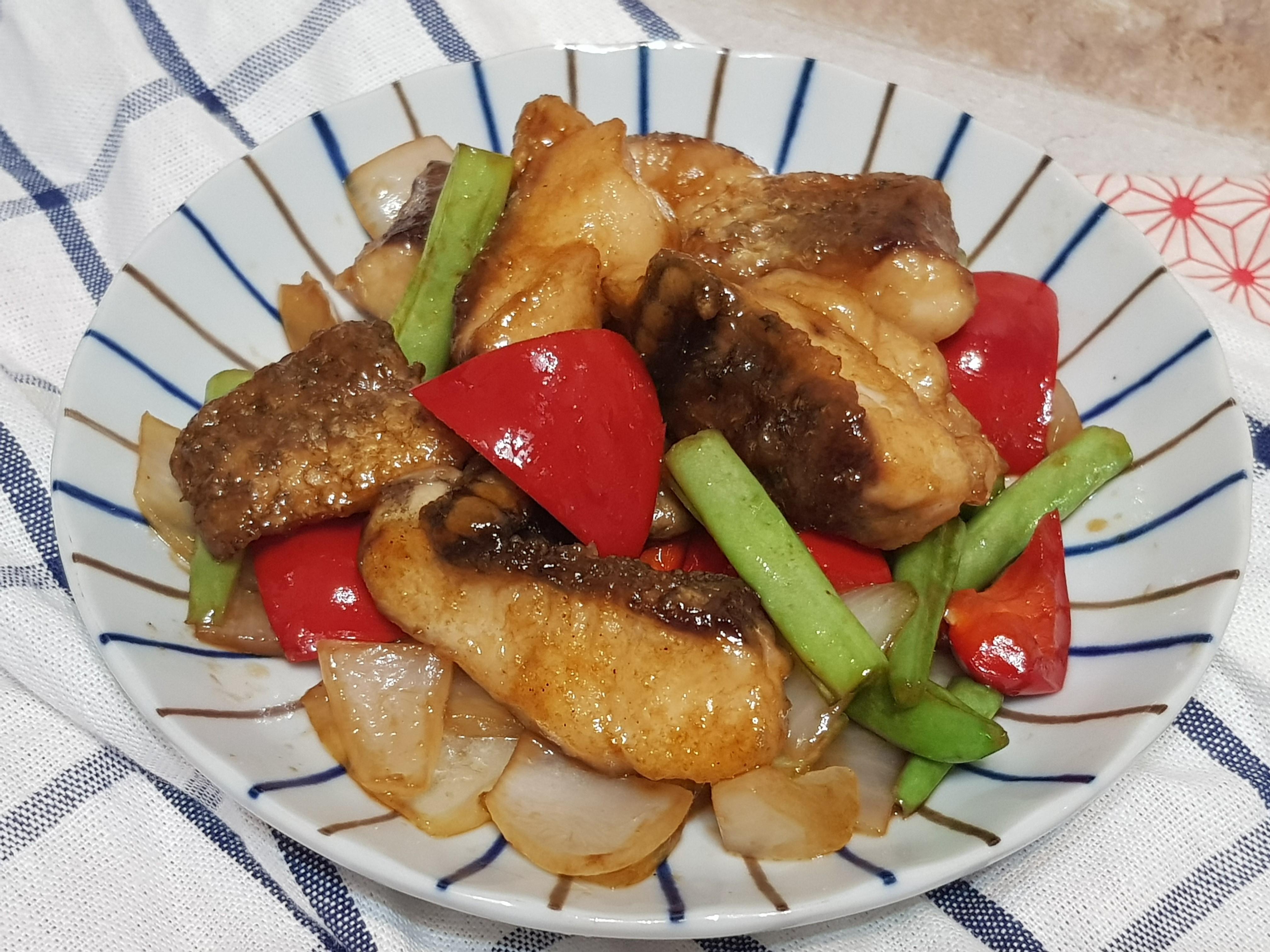蠔油彩蔬鱸魚片