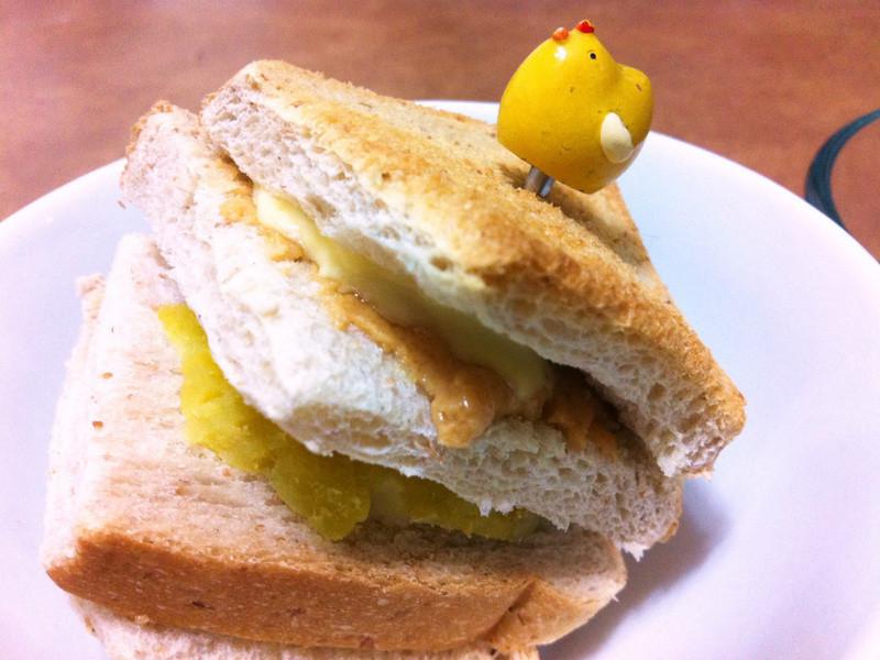 【芝司樂】孤單聖誕夜 簡單土司三明治