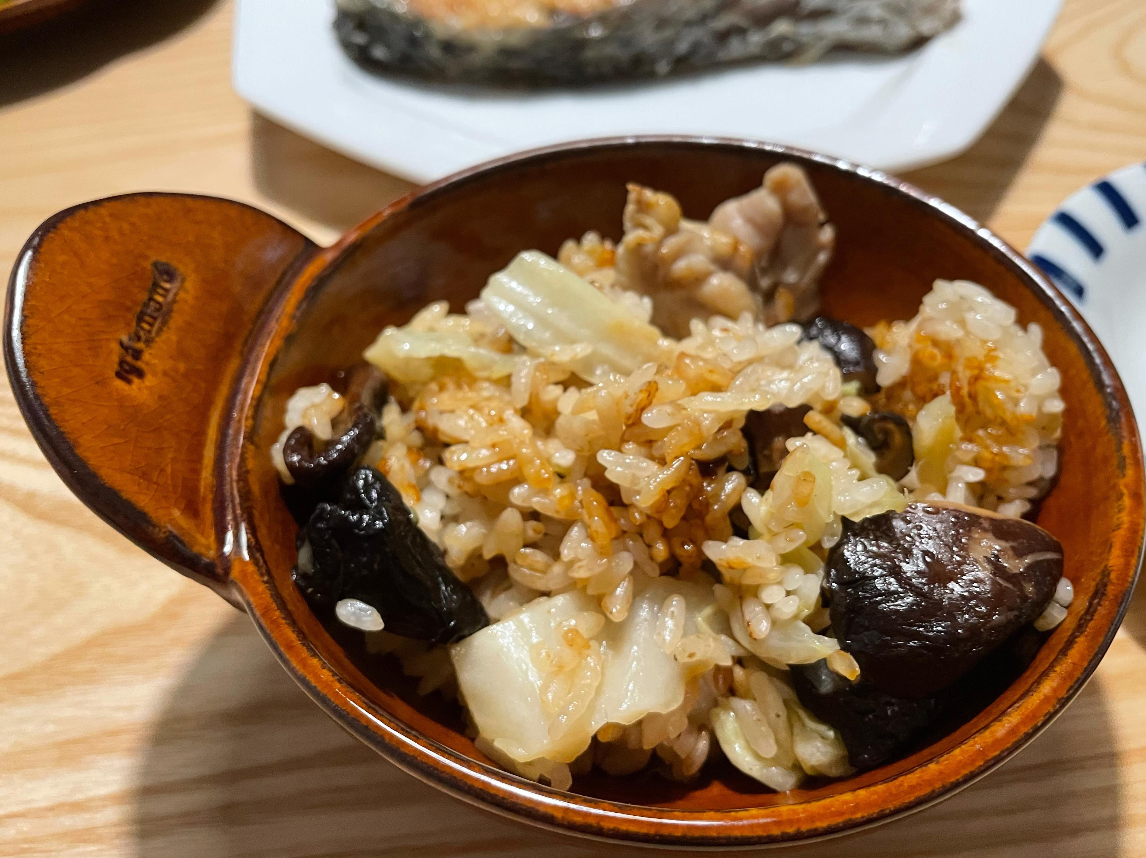 香菇雞腿高麗菜炊飯