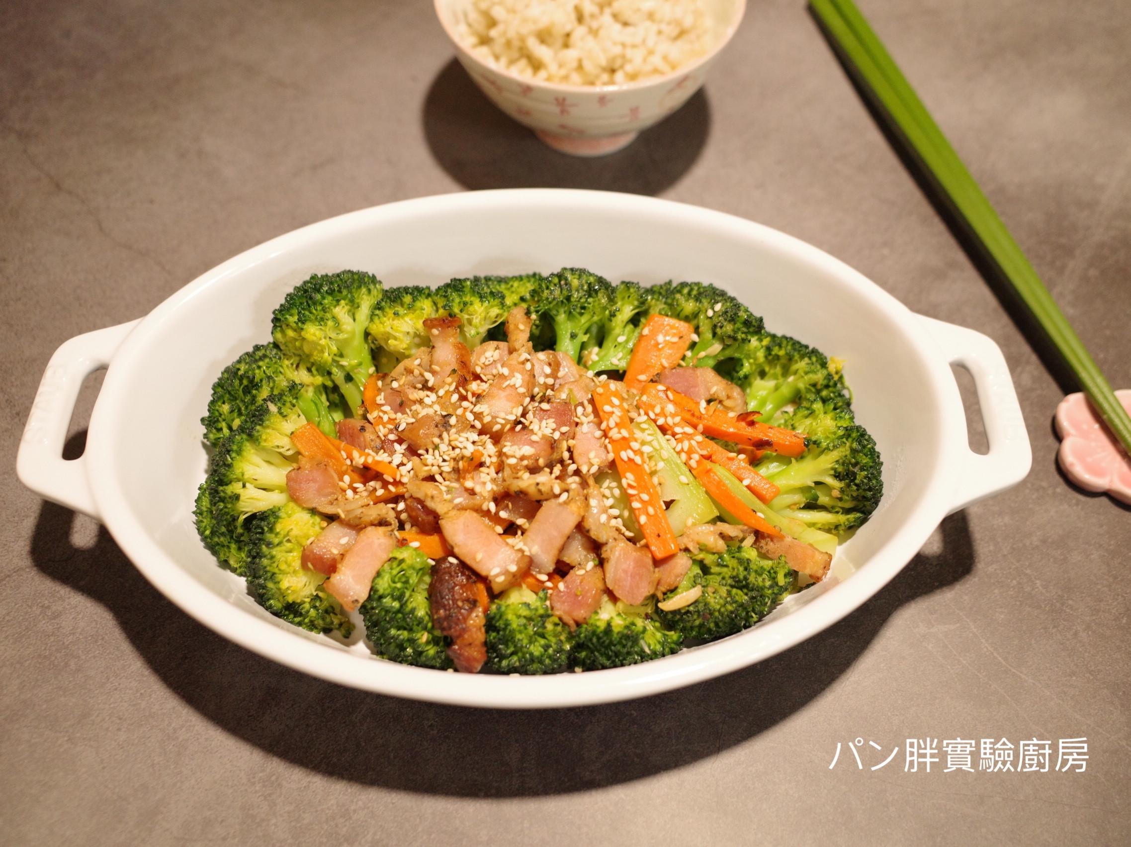 綠花椰炒鹹豬肉