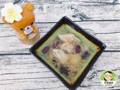 金線蓮香菇燉雞湯