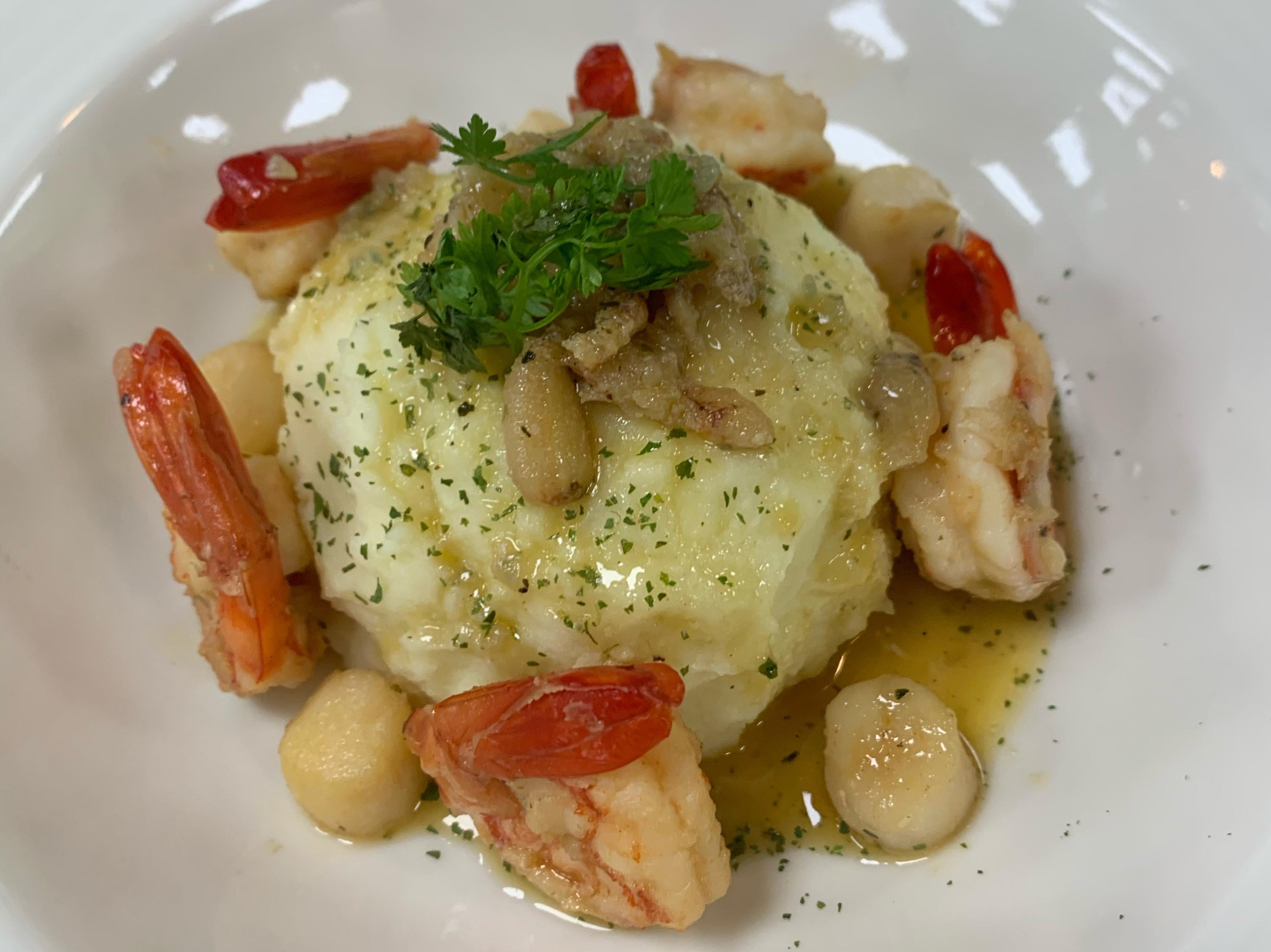 法式土豆泥 淋鮮蝦海鮮醬