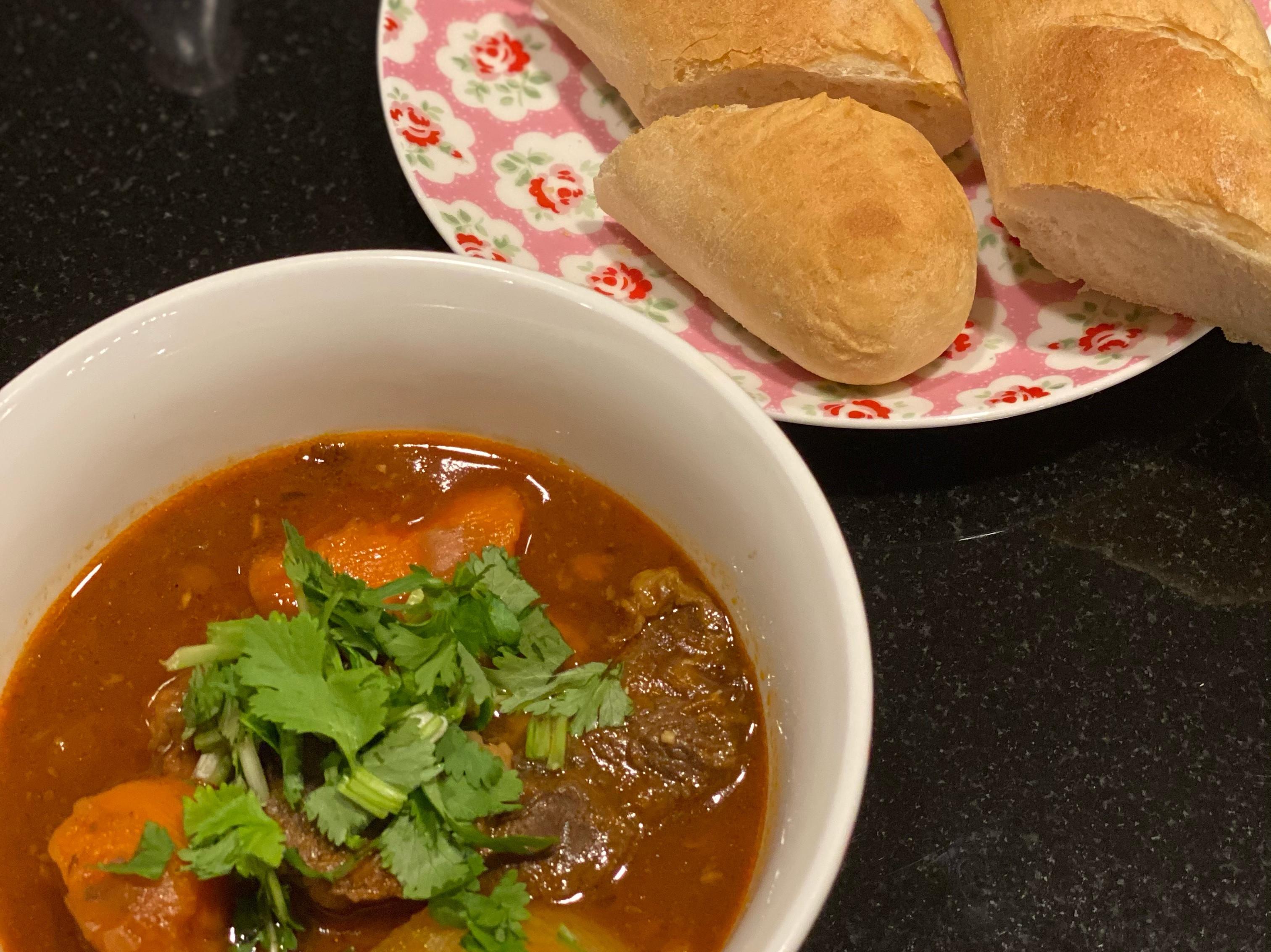 越式茄汁牛腩 (壓力鍋食譜)