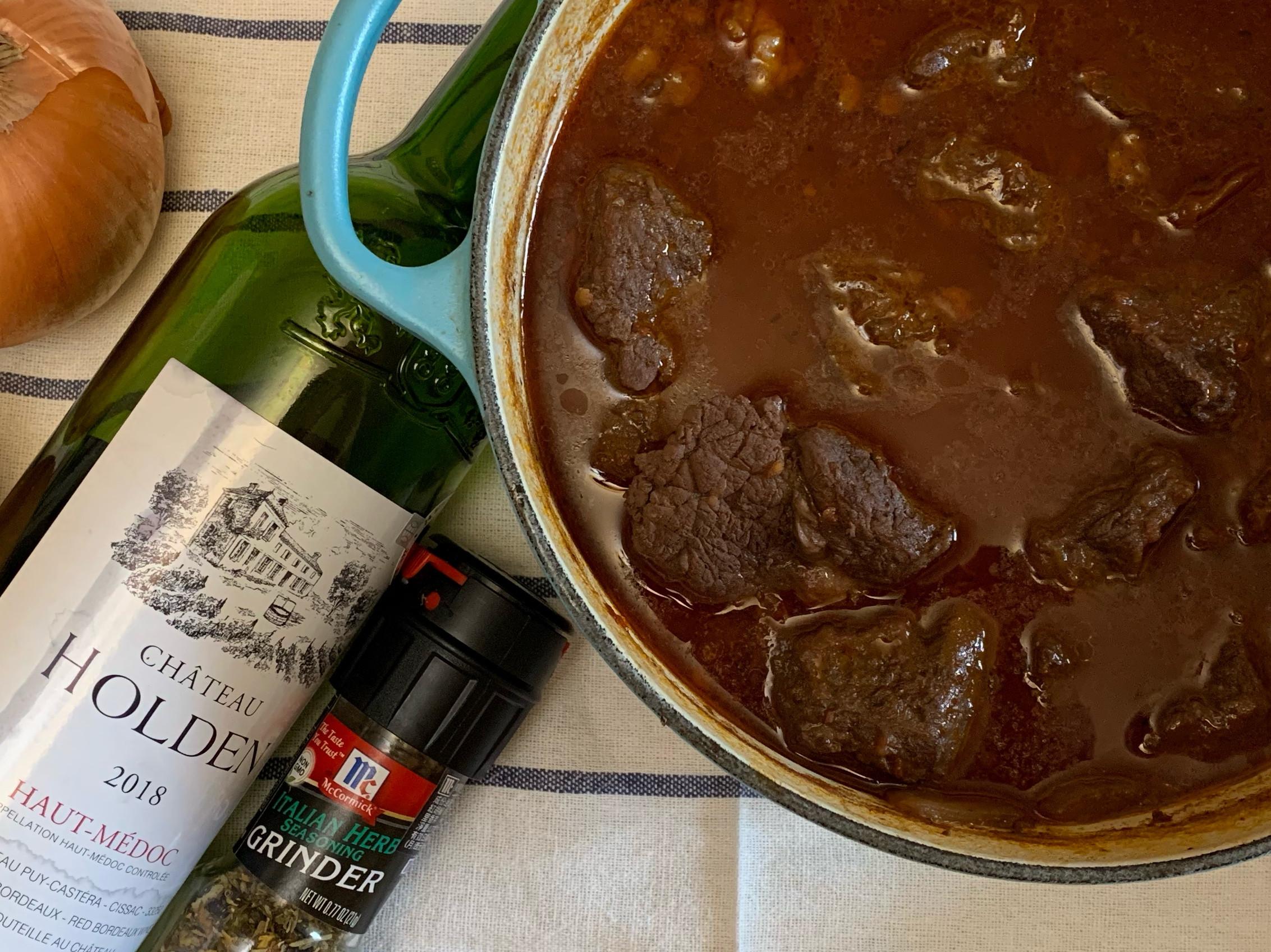 《鑄鐵鍋料理》紅酒燉牛肉