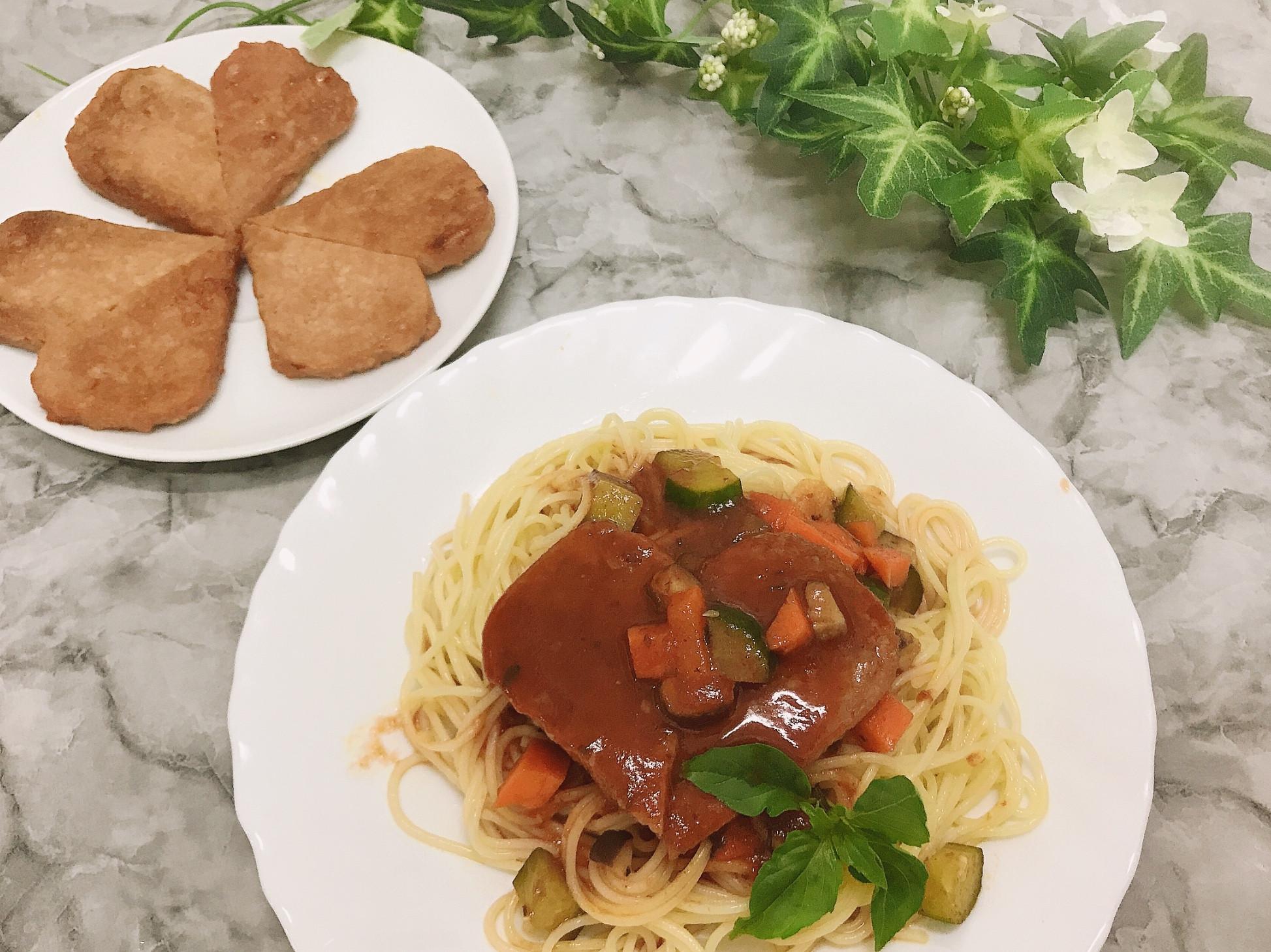 新餐肉茄汁義大利麵
