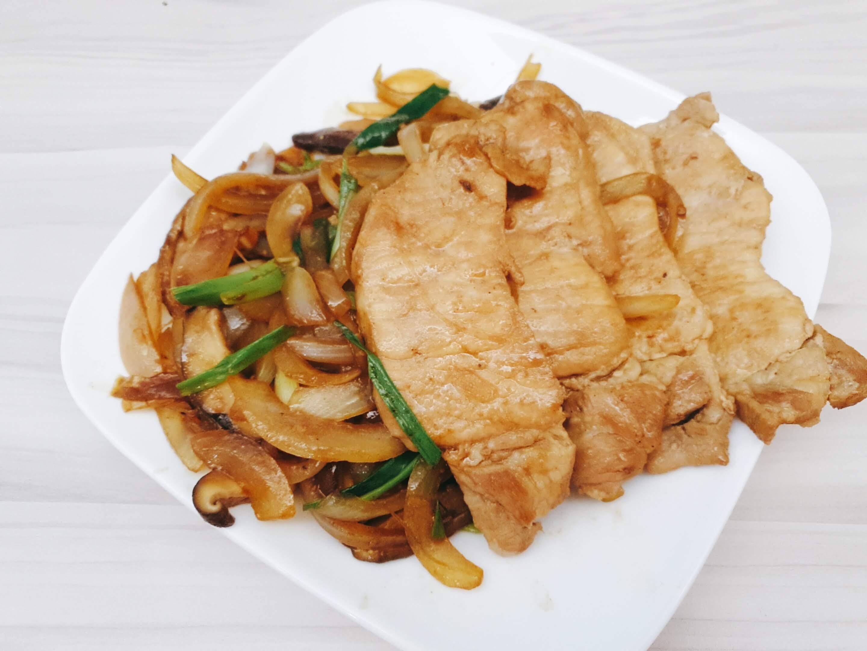 香煎洋蔥豬排(扒)