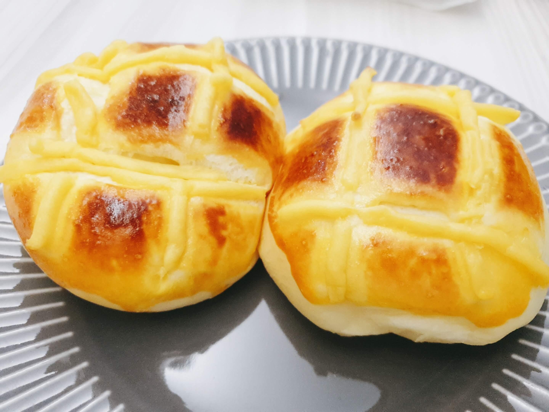 馬鈴薯卡士達麵包