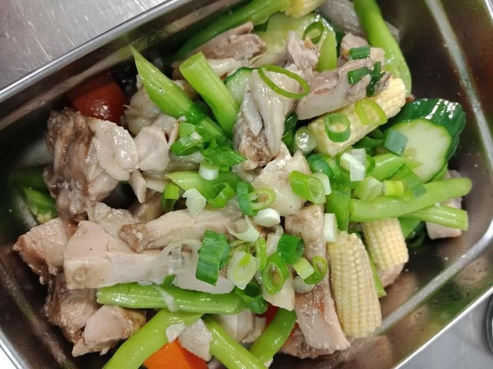 鹹水雞(電鍋料理)