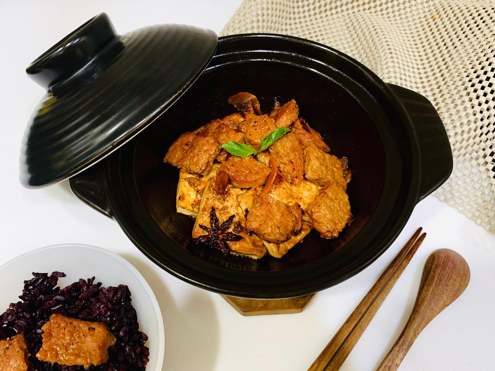 紅燒新餐肉豆腐煲-純素
