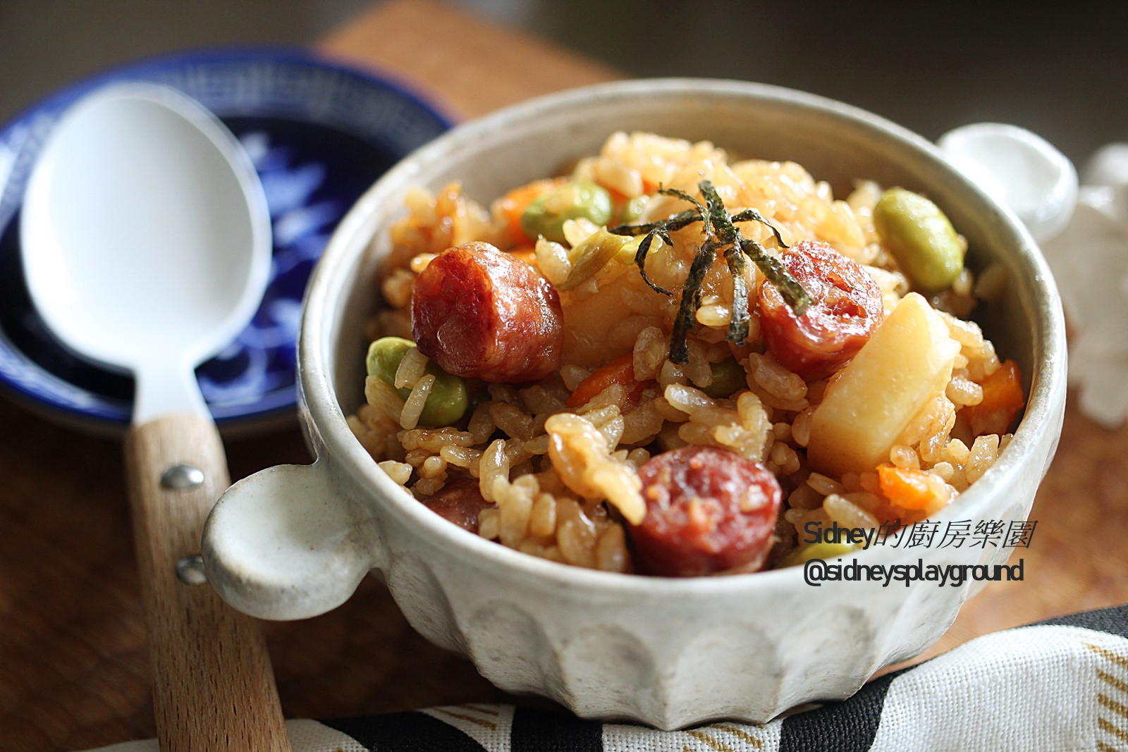 臘腸馬鈴薯飯(電子鍋料理)