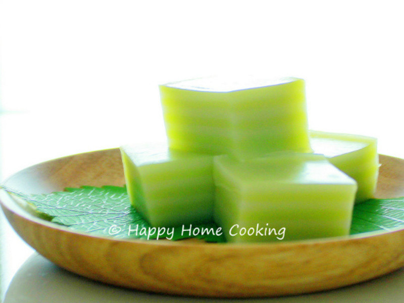 印尼九層糕 ~ 軟糯柔韌,綠白相間,香甜誘人