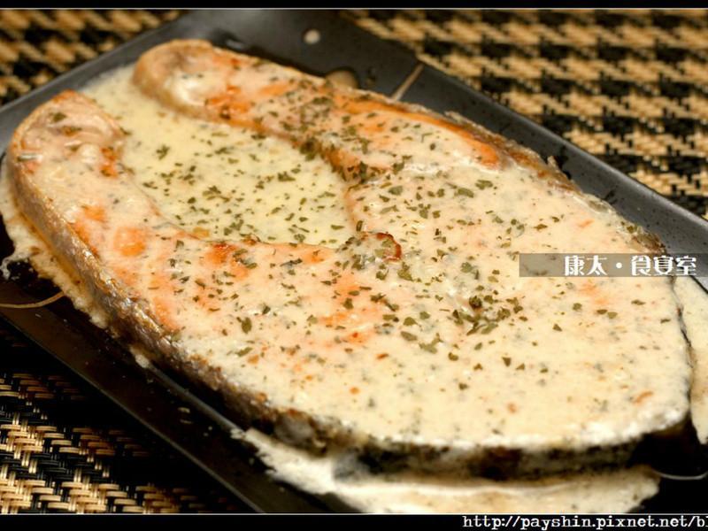 芝司樂白酒起司鮭魚排