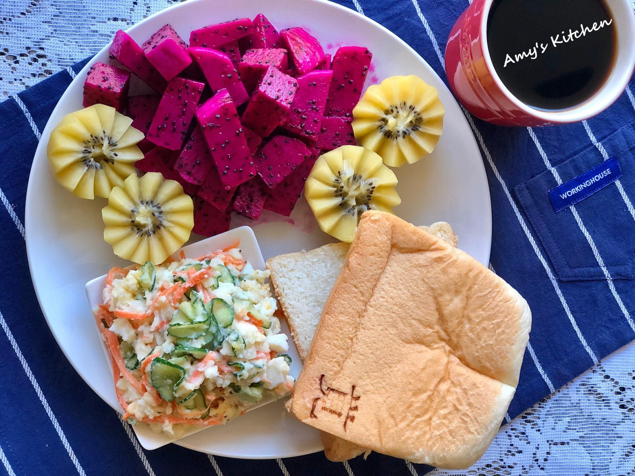 早午餐-馬鈴薯沙拉生吐司