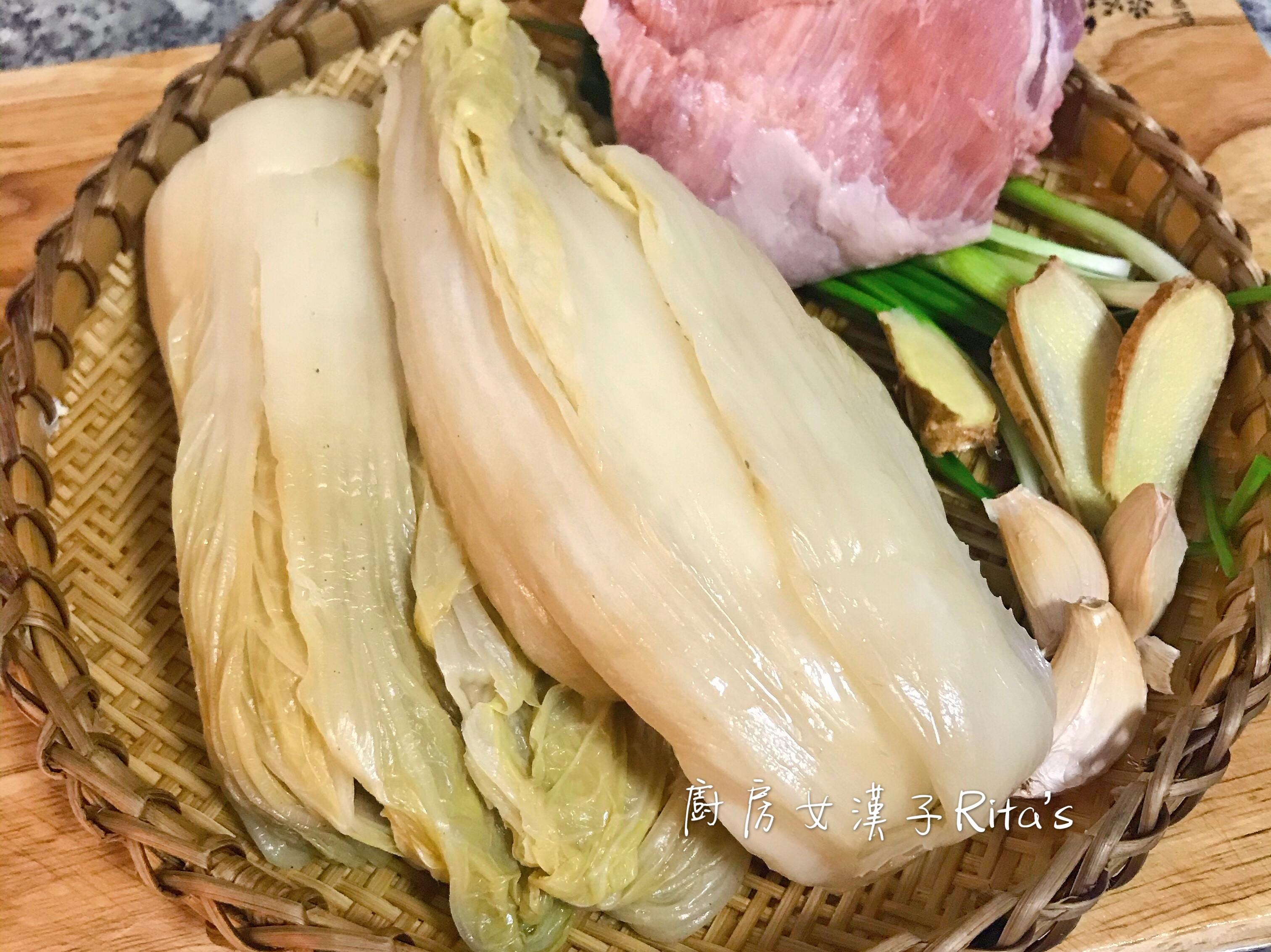 自製酸白菜+酸菜白肉鍋