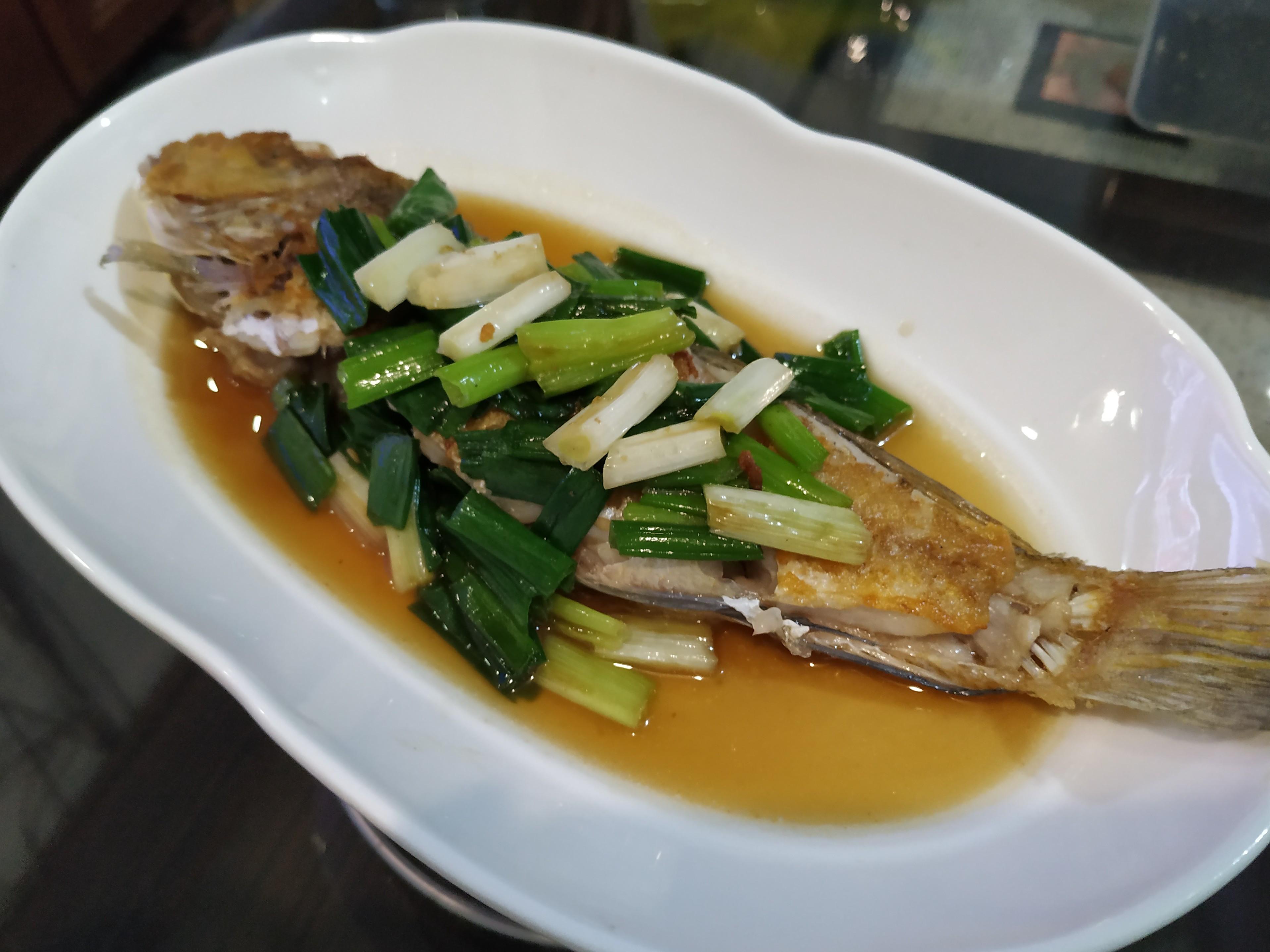蔥香馬頭魚