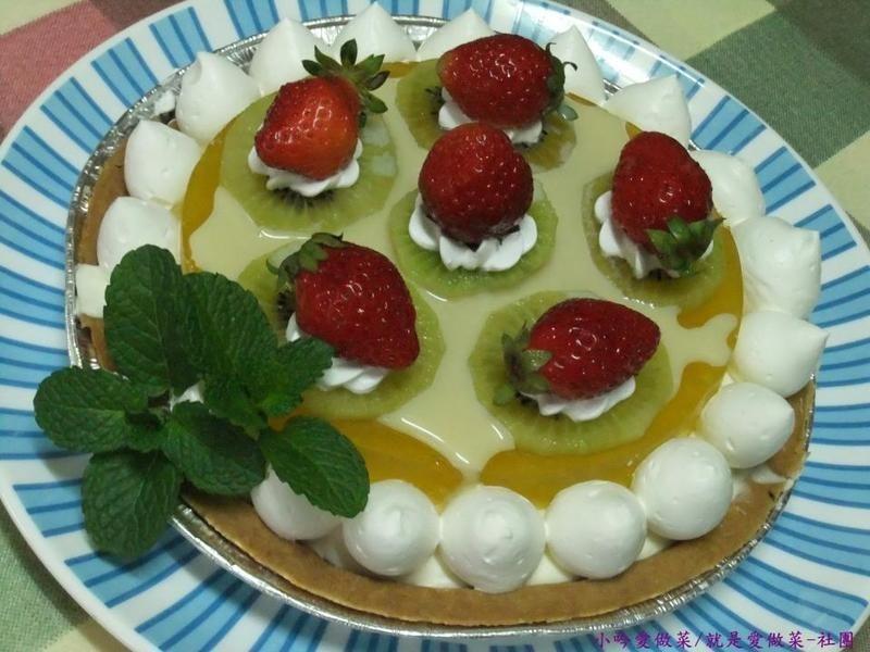 《草莓就愛鷹牌煉奶》芒香莓乳起司派