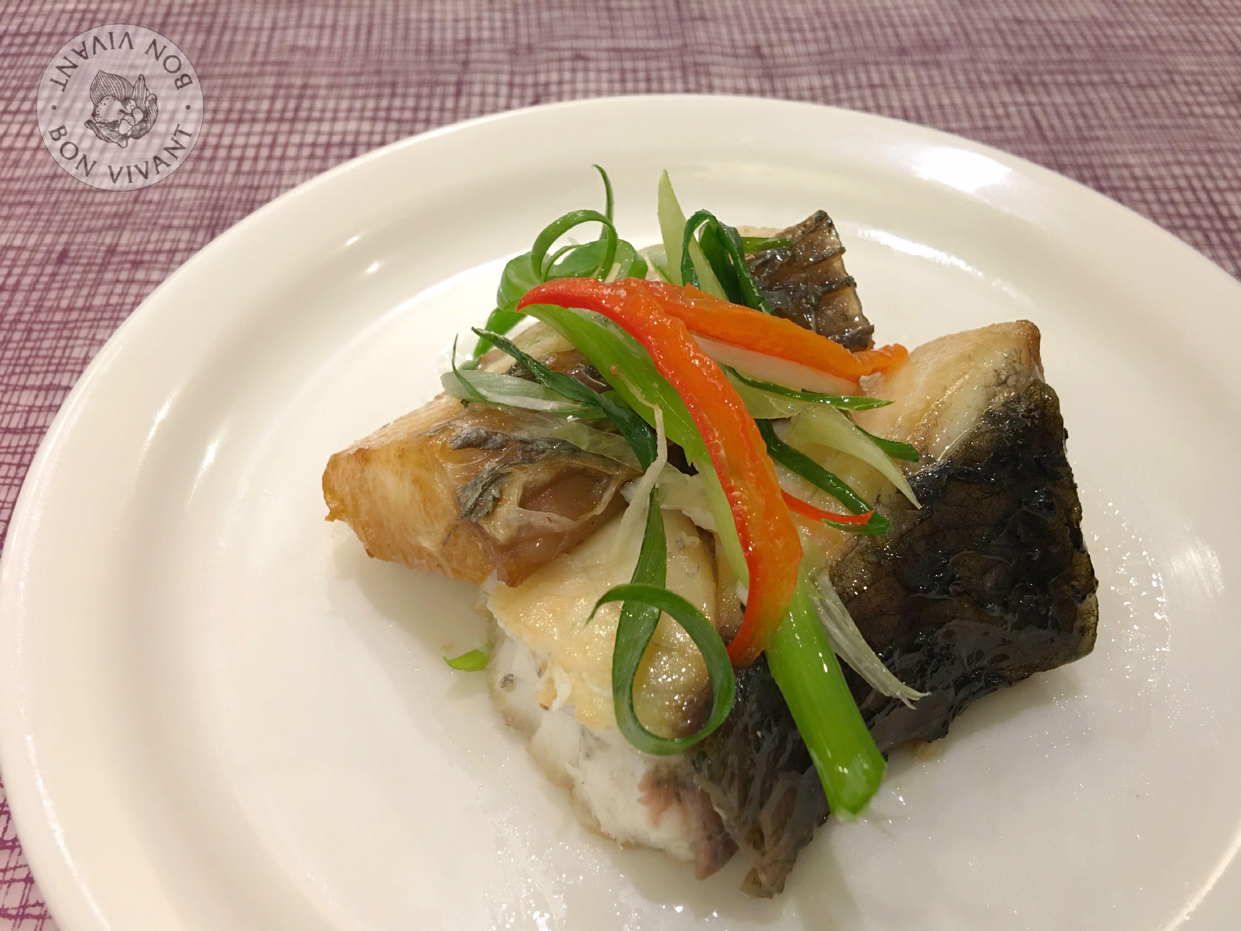 蔥油淋鱸魚片