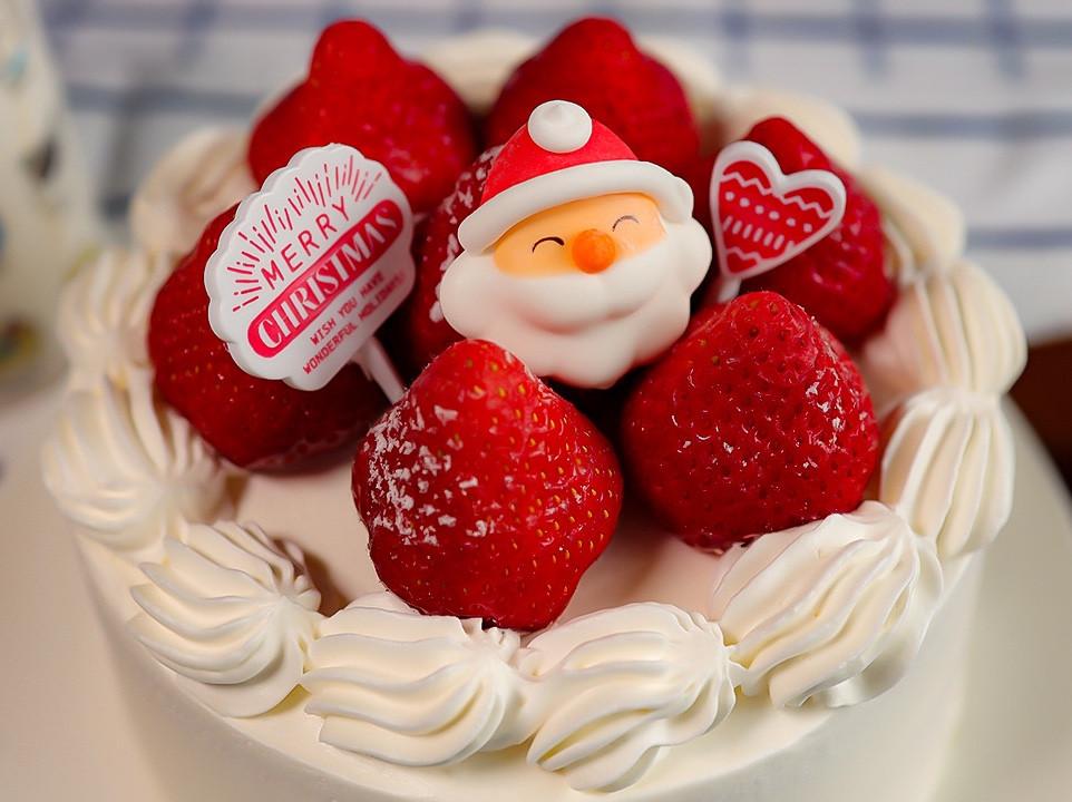 草莓奶油聖誕蛋糕🍰