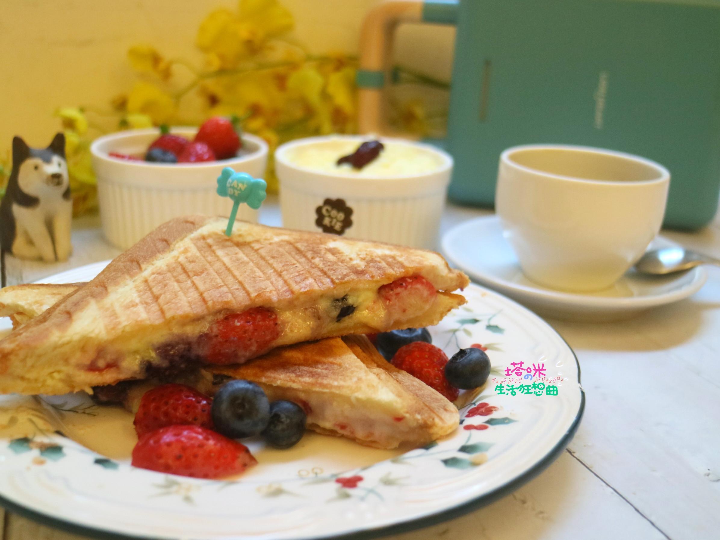 莓果奶酥三明治~含自製奶酥抹醬食譜